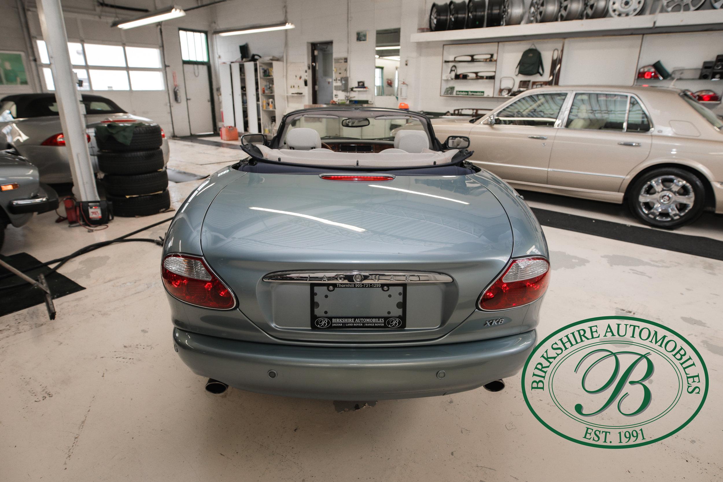 Birkshire 2002 Jaguar XK Convertible-20.jpg