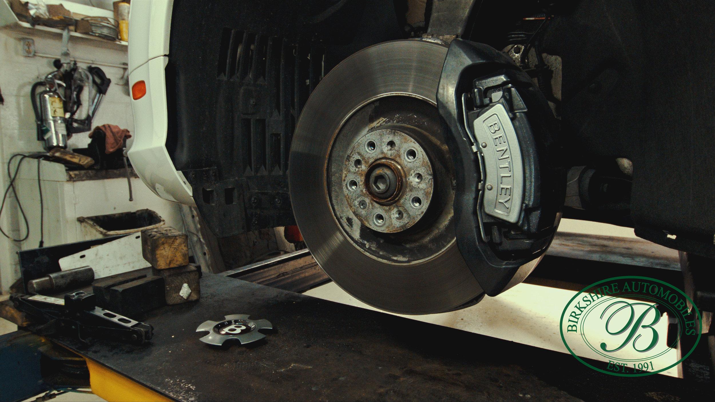 Birkshire Automobiles Garage-109.jpg