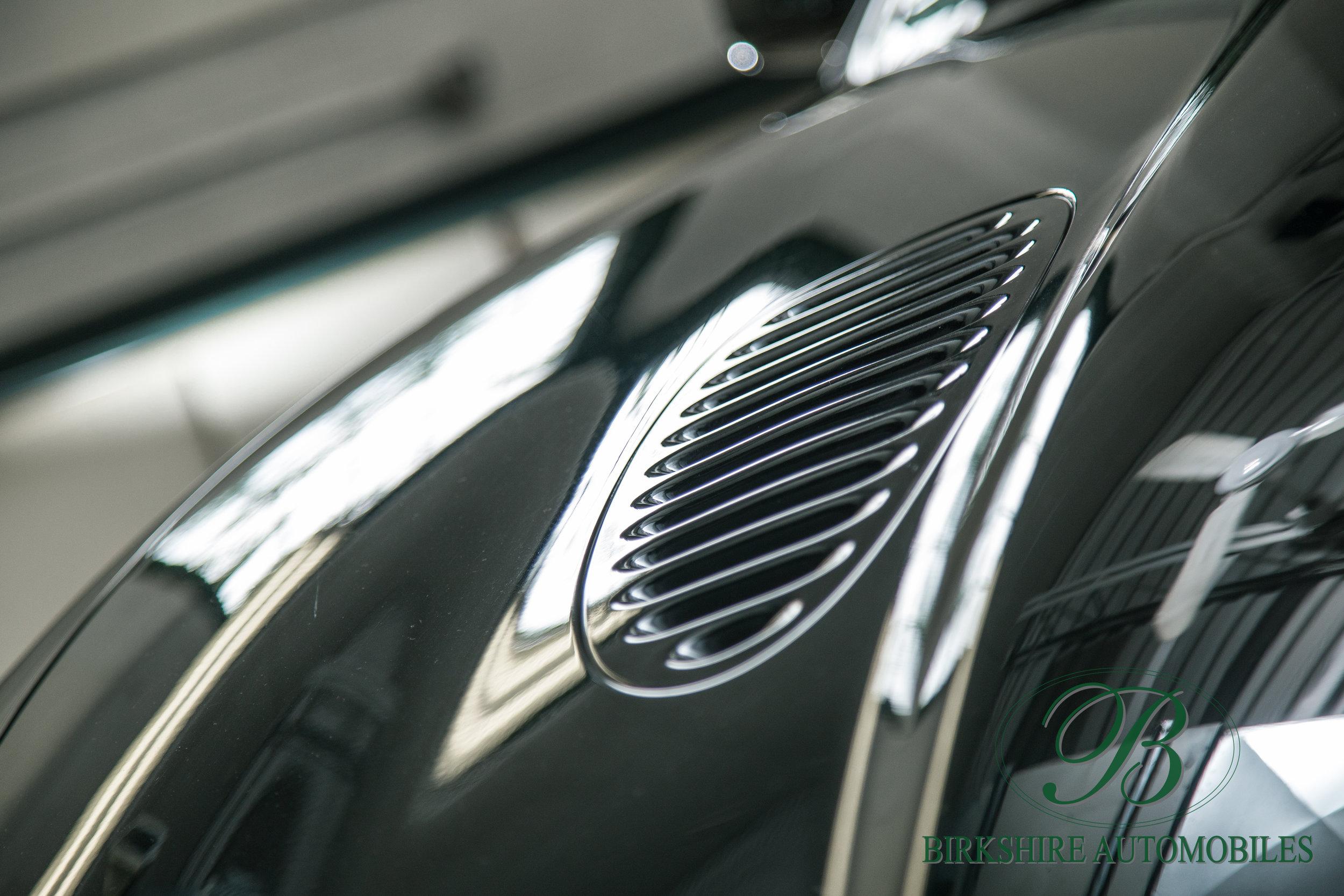 Birkshire Automobiles-2001 Jaguar XKR Convertible (13).jpg