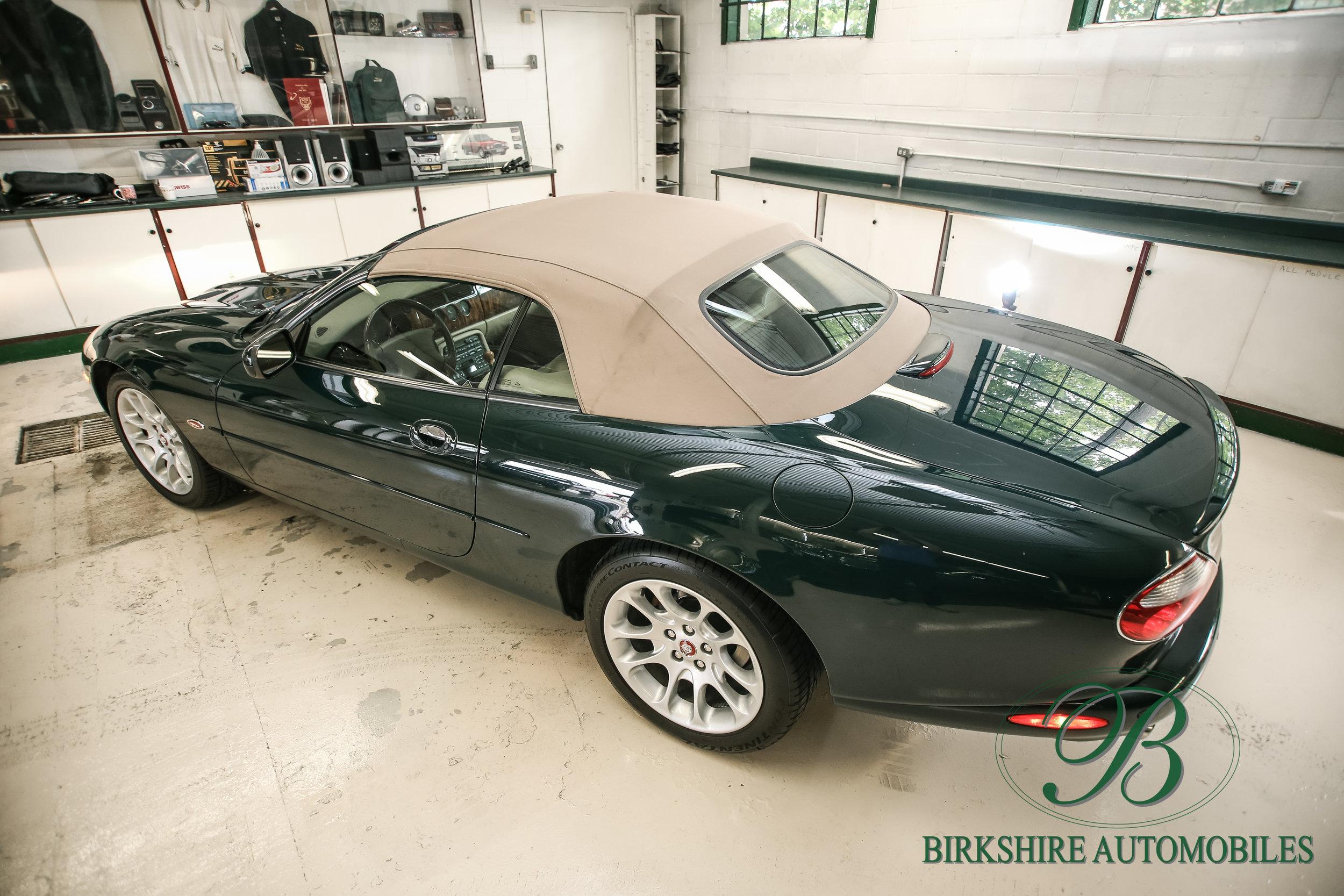 Birkshire Automobiles-2001 Jaguar XKR Convertible (24).jpg