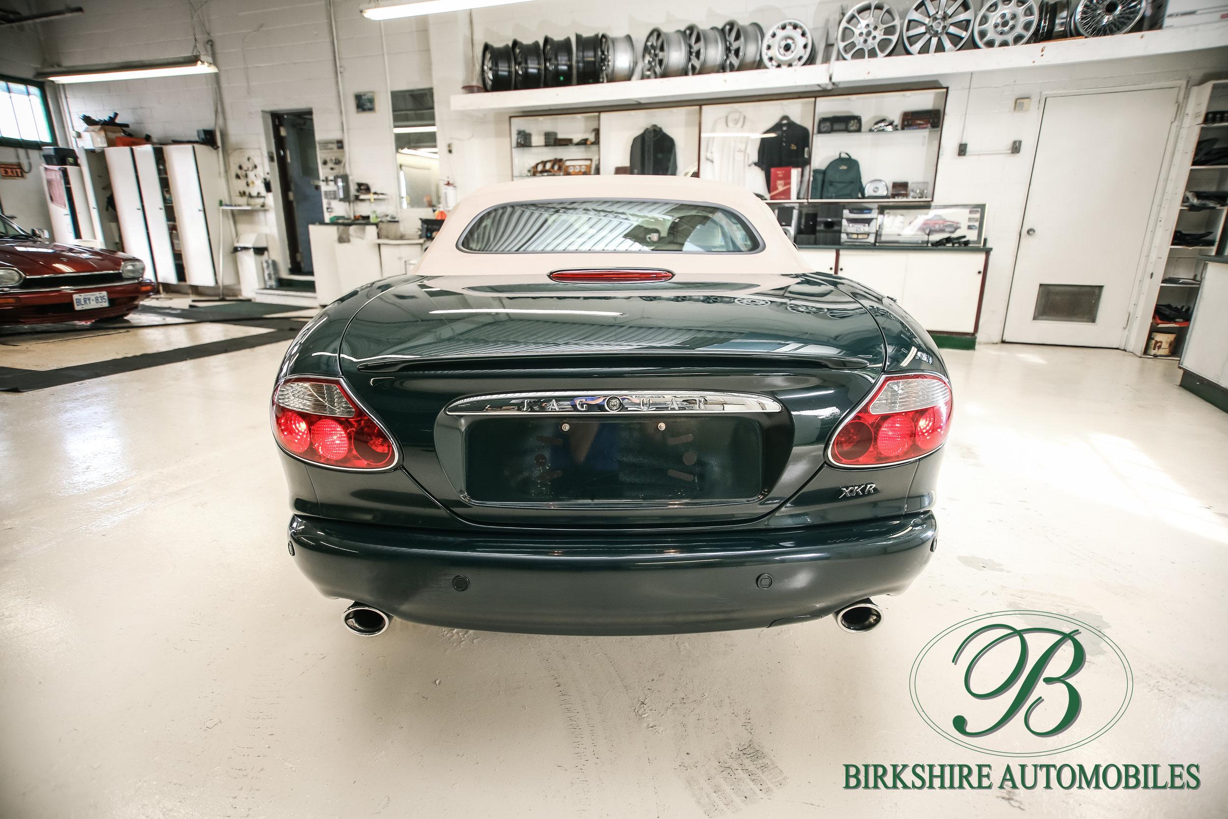 Birkshire Automobiles-2001 Jaguar XKR Convertible (27).jpg