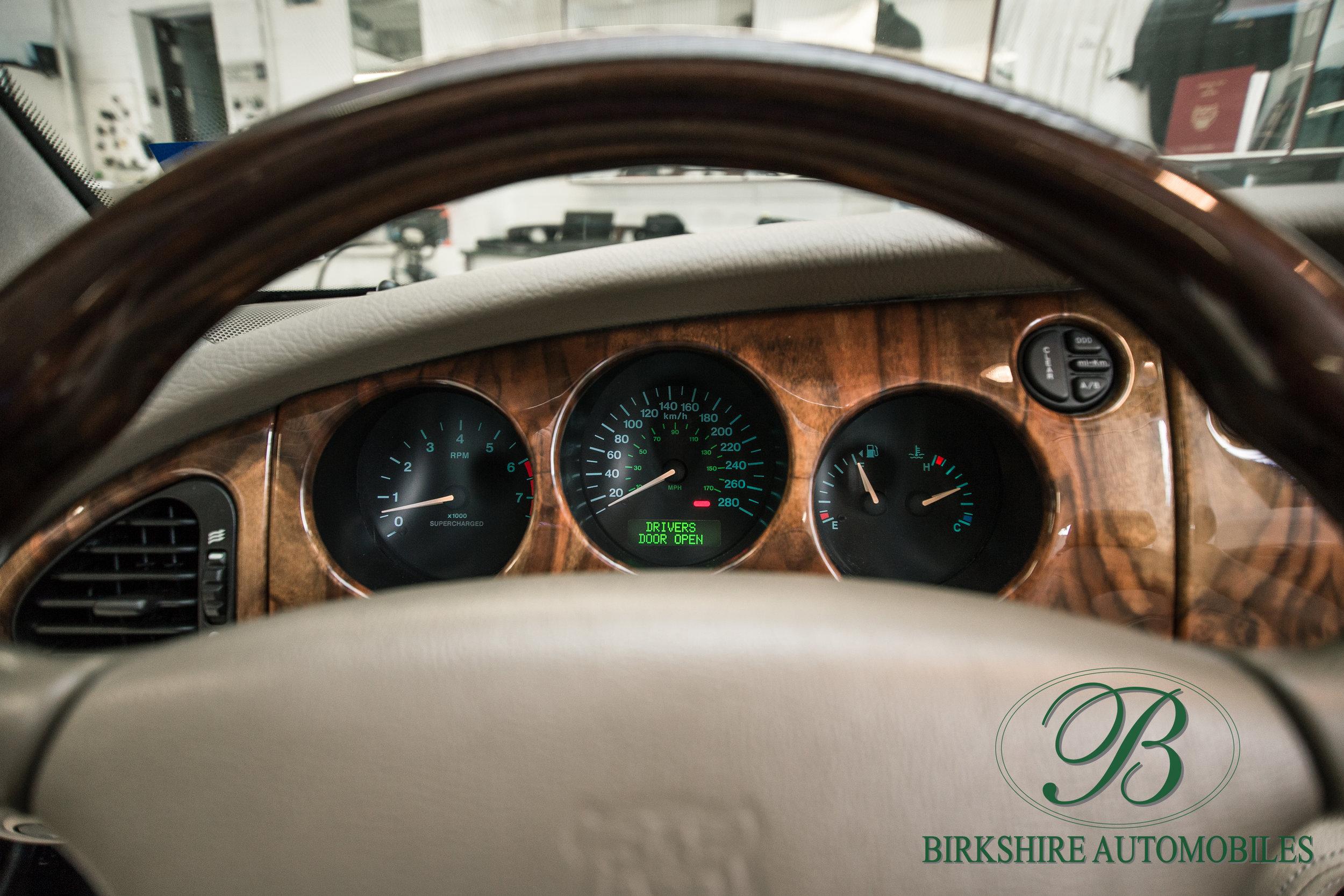 Birkshire Automobiles-2001 Jaguar XKR Convertible (29).jpg