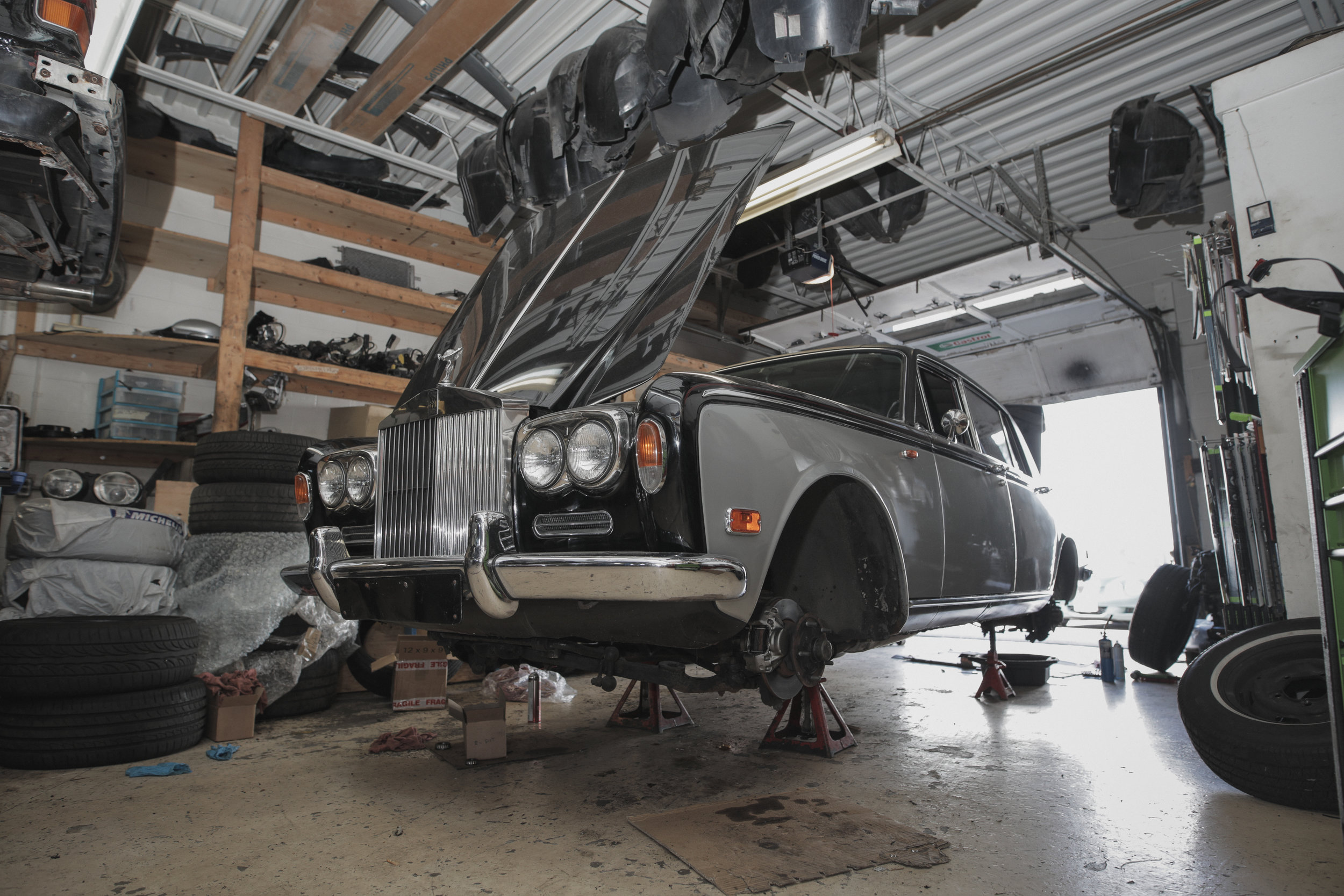Birkshire Automobiles - 1971 Rolls Royce Service (10).jpg