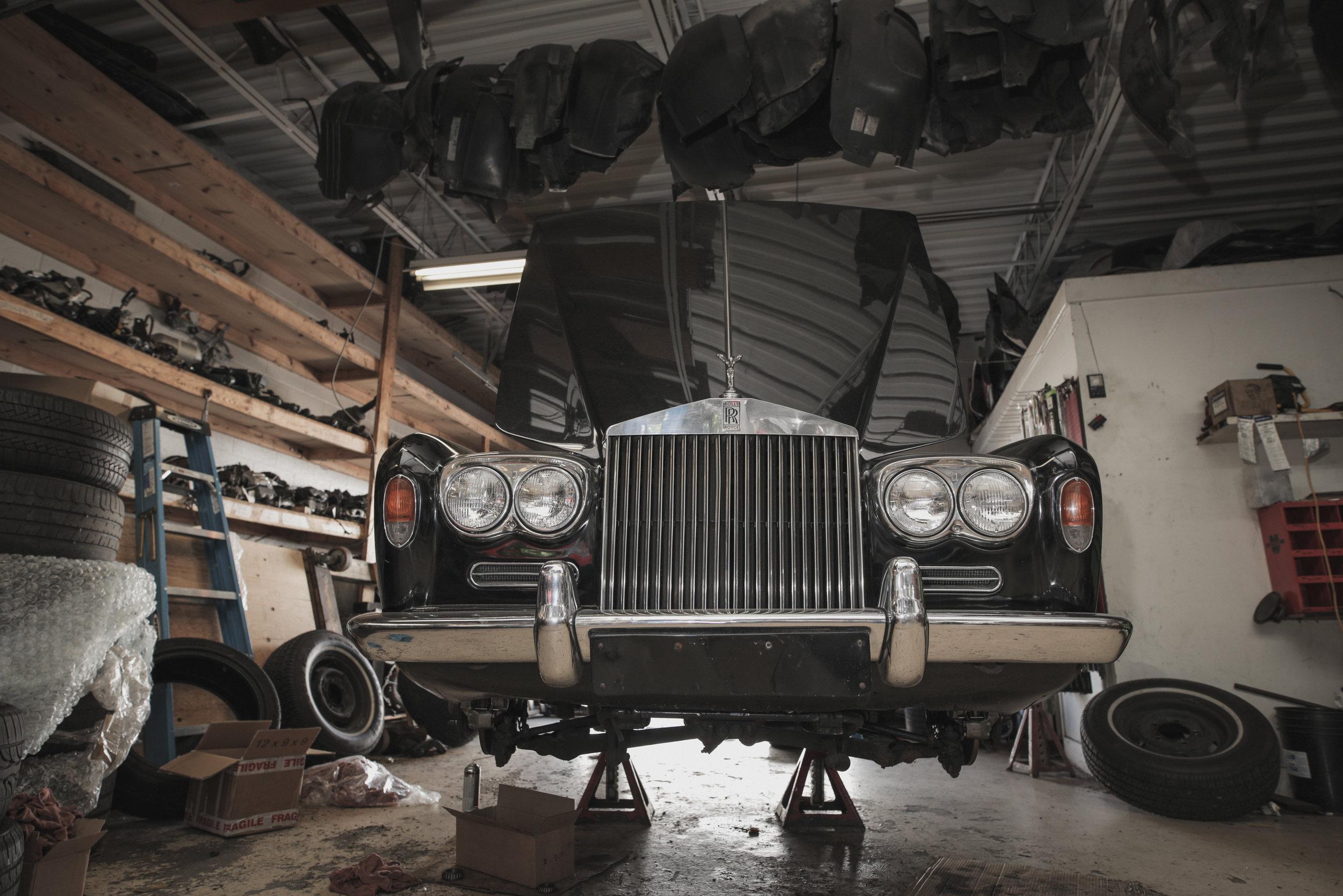 Birkshire Automobiles - 1971 Rolls Royce Service (12).jpg