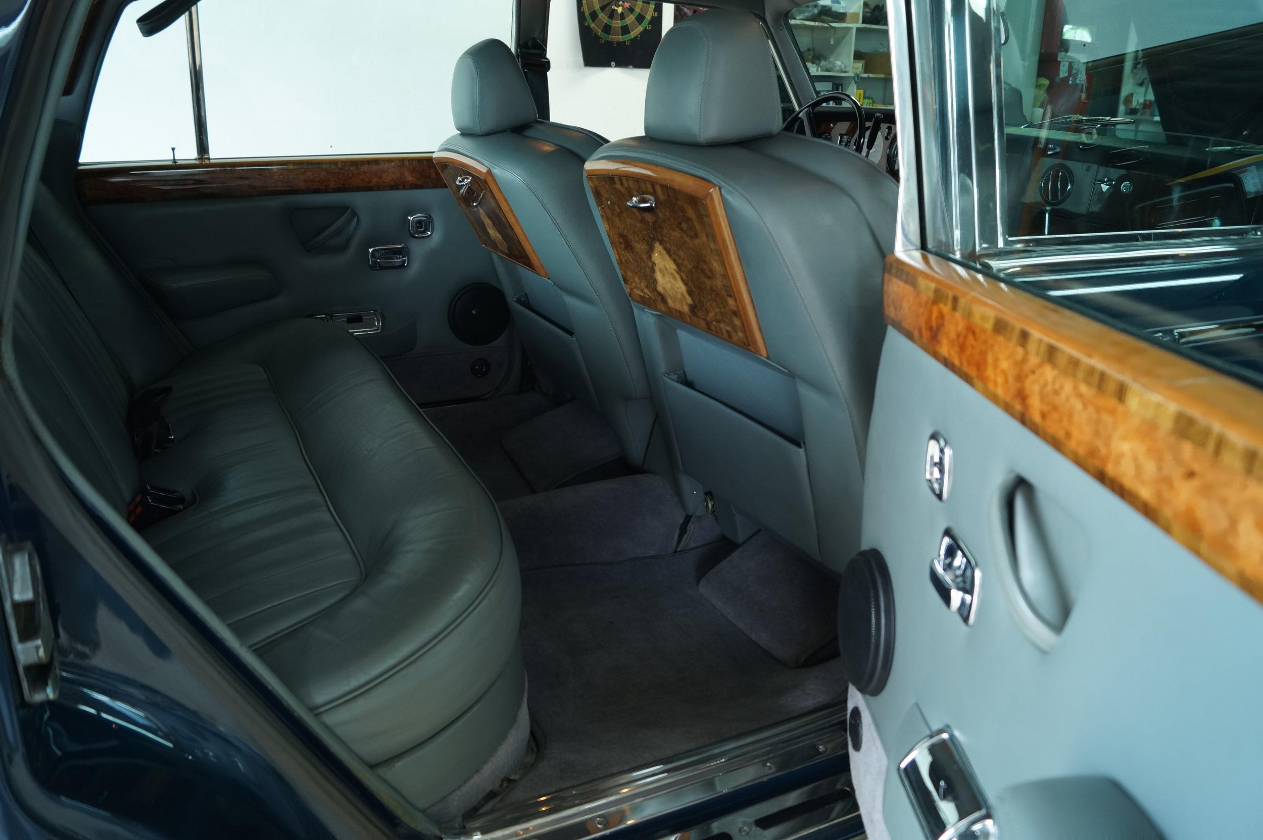 Birkshire Automobiles Britsh Car Service 1980 Rolls Royce Siver Shadow 2 (11).JPG