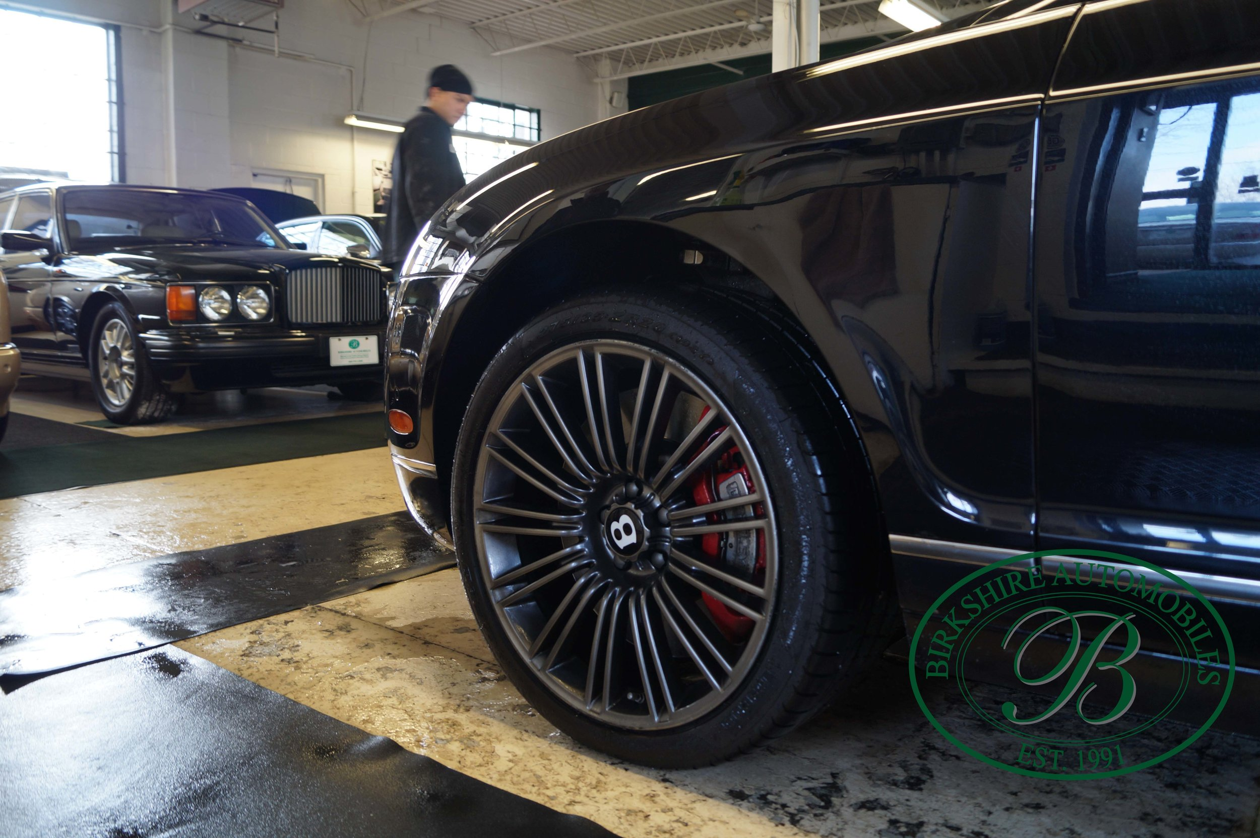 Birkshire Automobiles 2012 Bentley Flying Spur (10).jpg