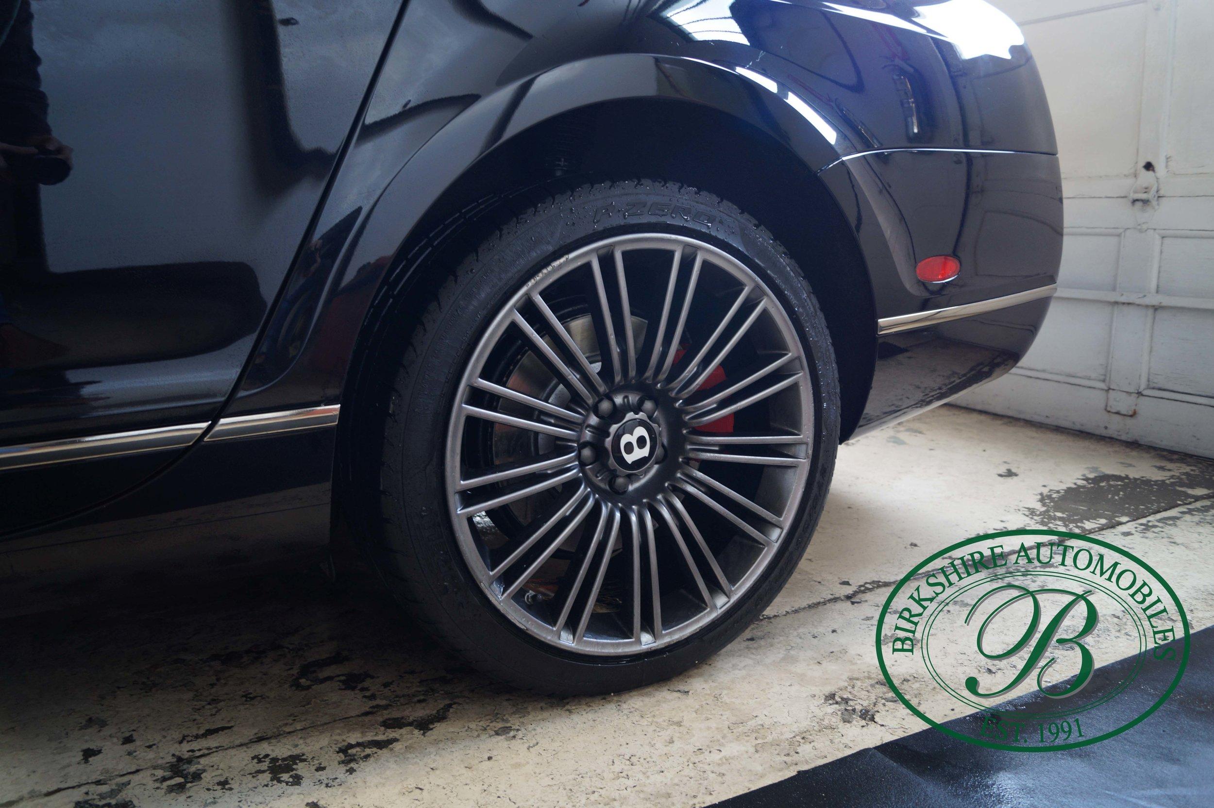 Birkshire Automobiles 2012 Bentley Flying Spur (13).jpg