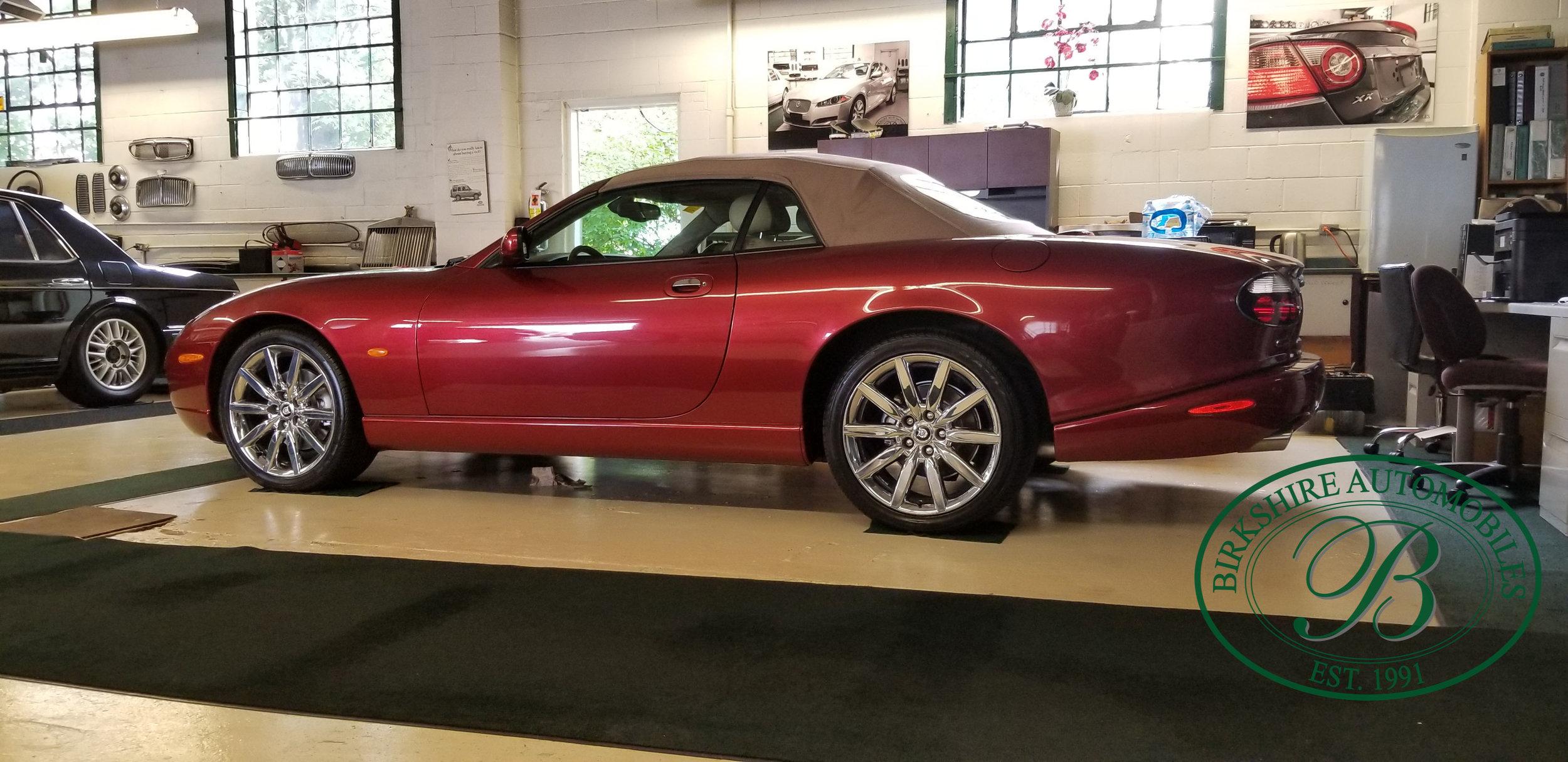 2006 Jaguar XK8 Convertible - Birkshire Automobiles Thornhill (62).jpg