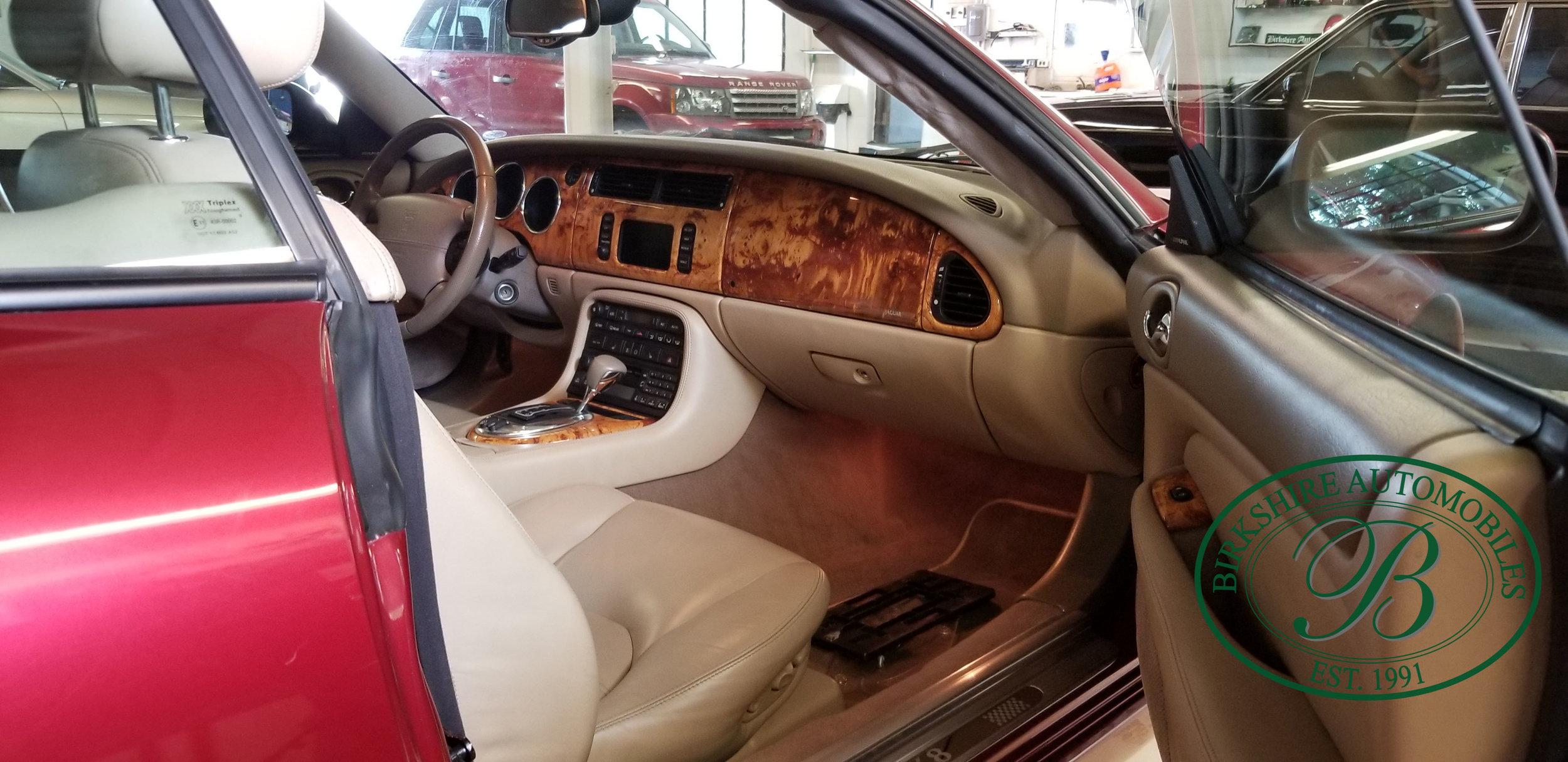 2006 Jaguar XK8 Convertible - Birkshire Automobiles Thornhill (5).jpg