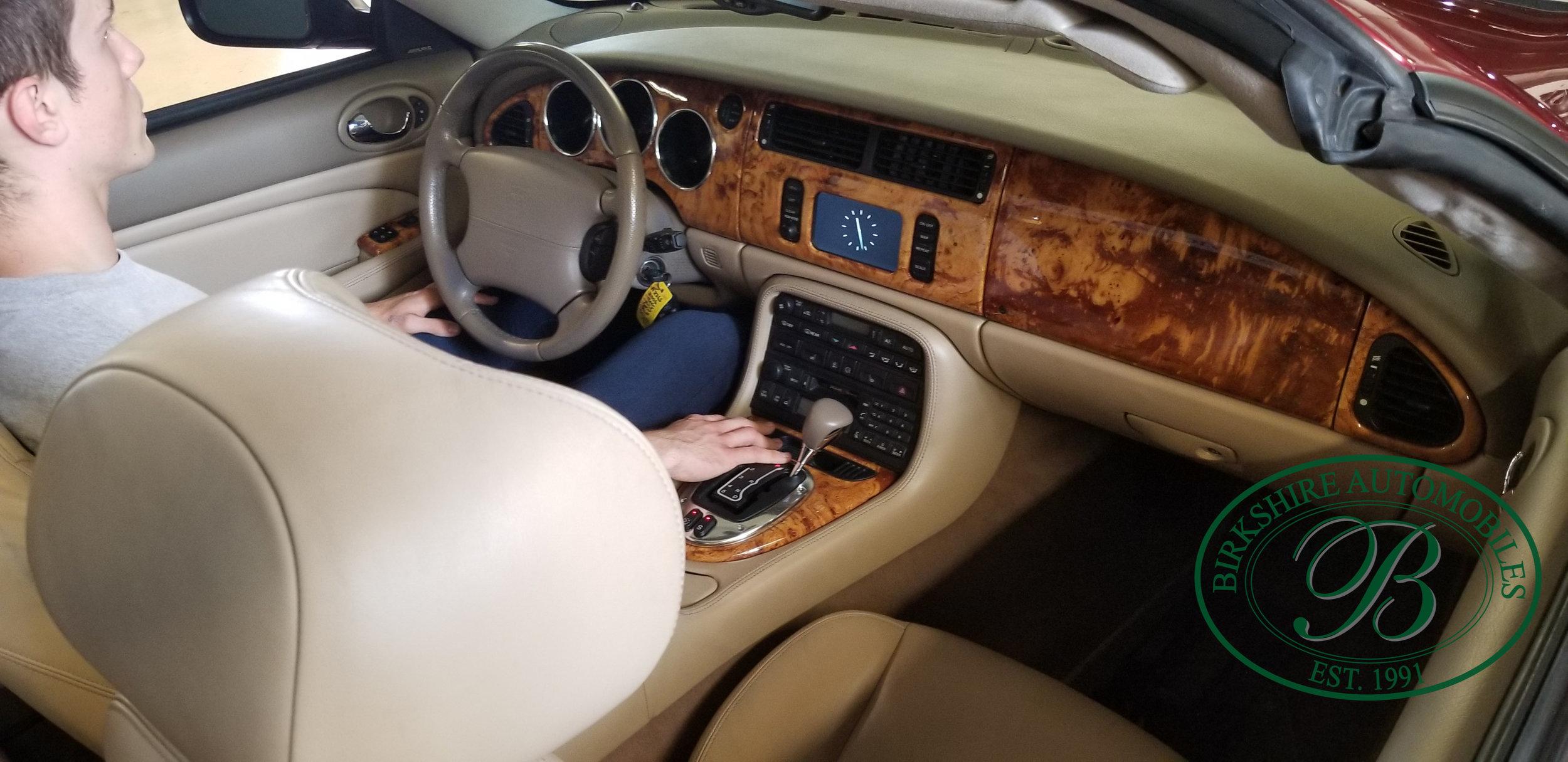 2006 Jaguar XK8 Convertible - Birkshire Automobiles Thornhill (37).jpg