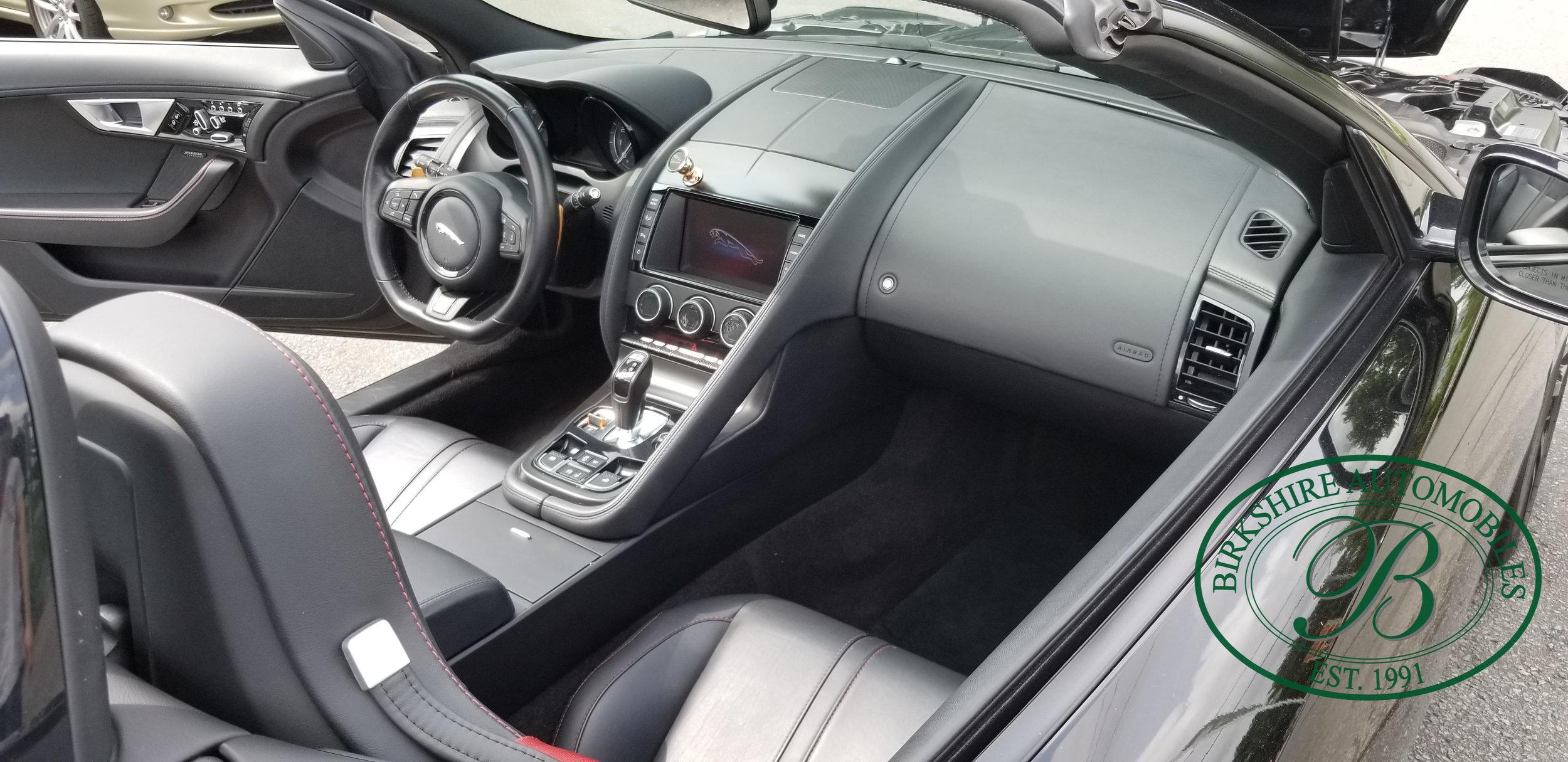 2014 F-Type V8 S - Birkshire Automobiles (17).jpg