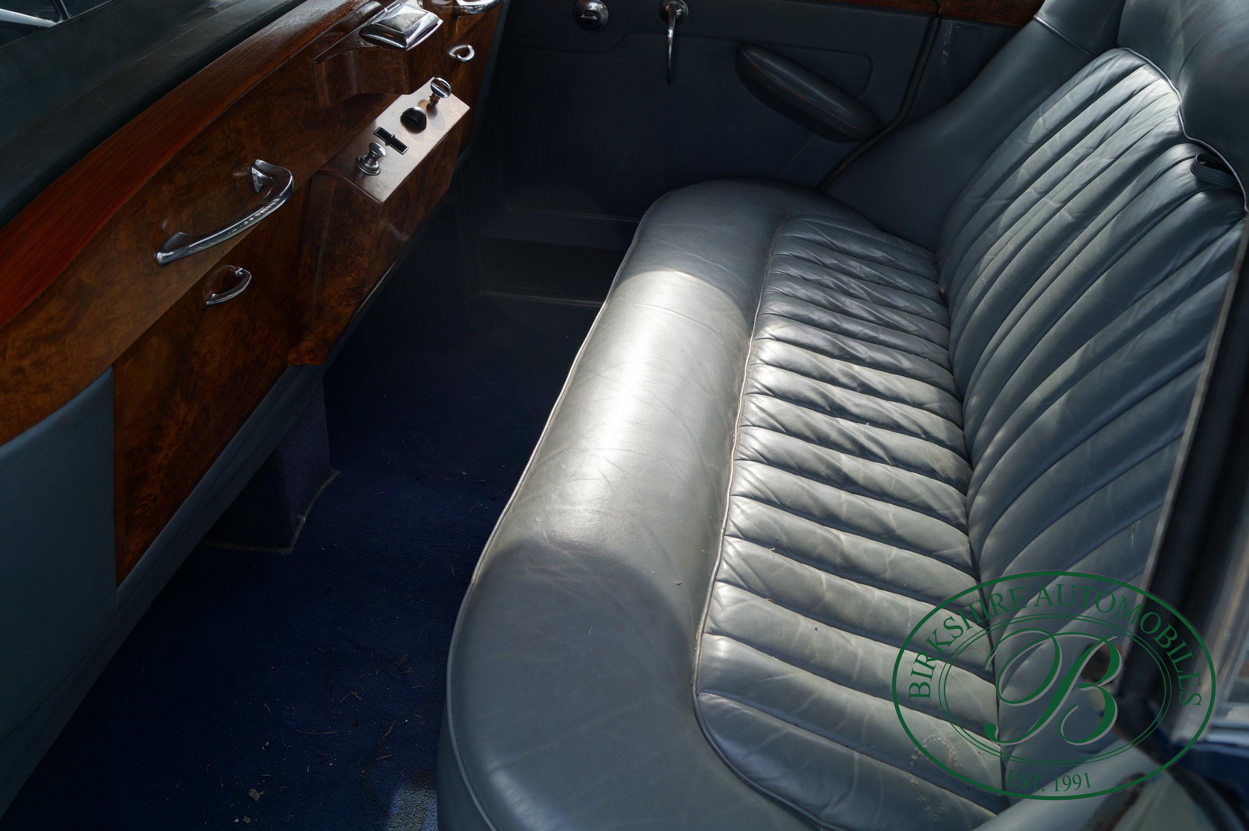 Birkshire Automobiles 1960 Rolls Royce Silver Cloud-20.jpg