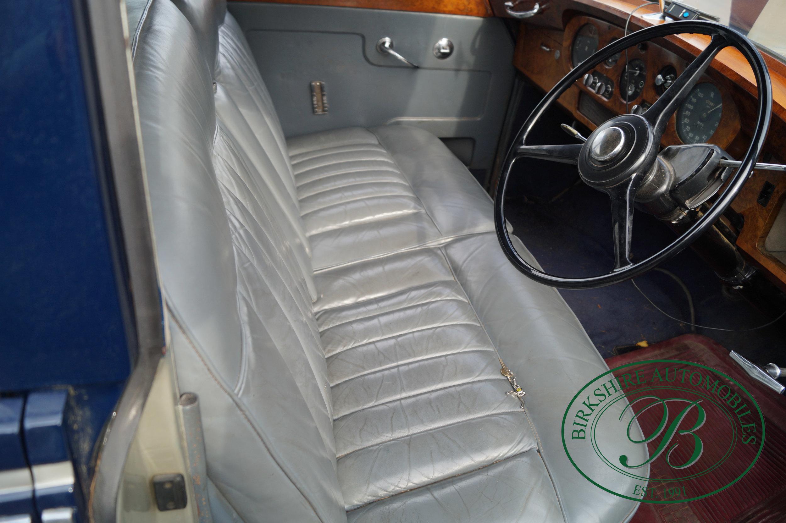 Birkshire Automobiles 1960 Rolls Royce Silver Cloud-30.jpg