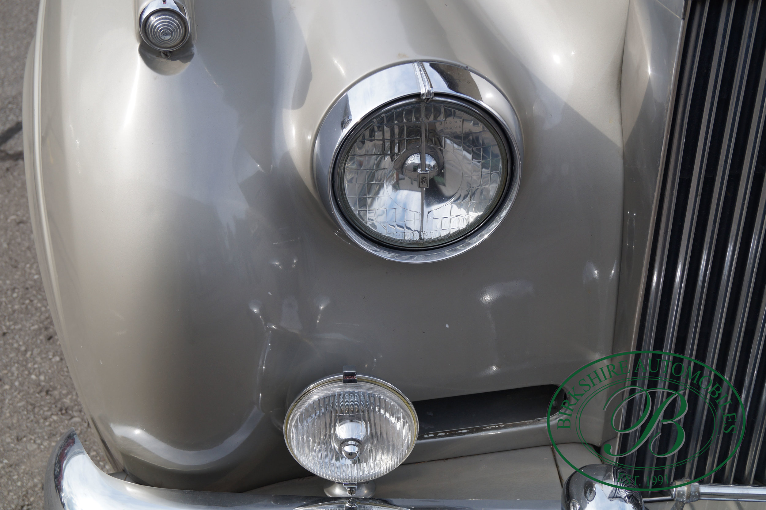 Birkshire Automobiles 1960 Rolls Royce Silver Cloud-32.jpg