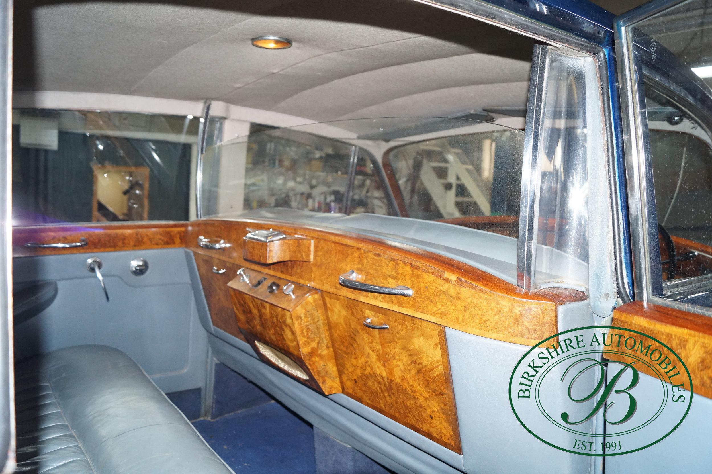 Birkshire Automobiles 1960 Rolls Royce Silver Cloud-41.jpg