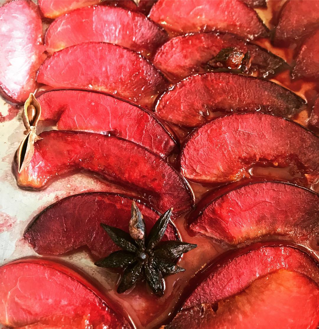 Ali's Roasted Plums