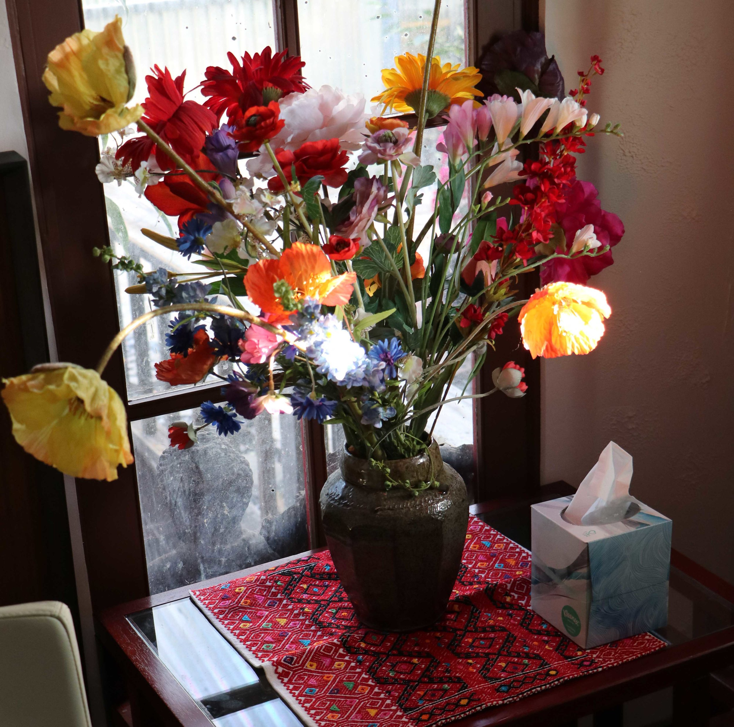 Office_2_Karin_Schlanger_MFT_Flowers.jpg