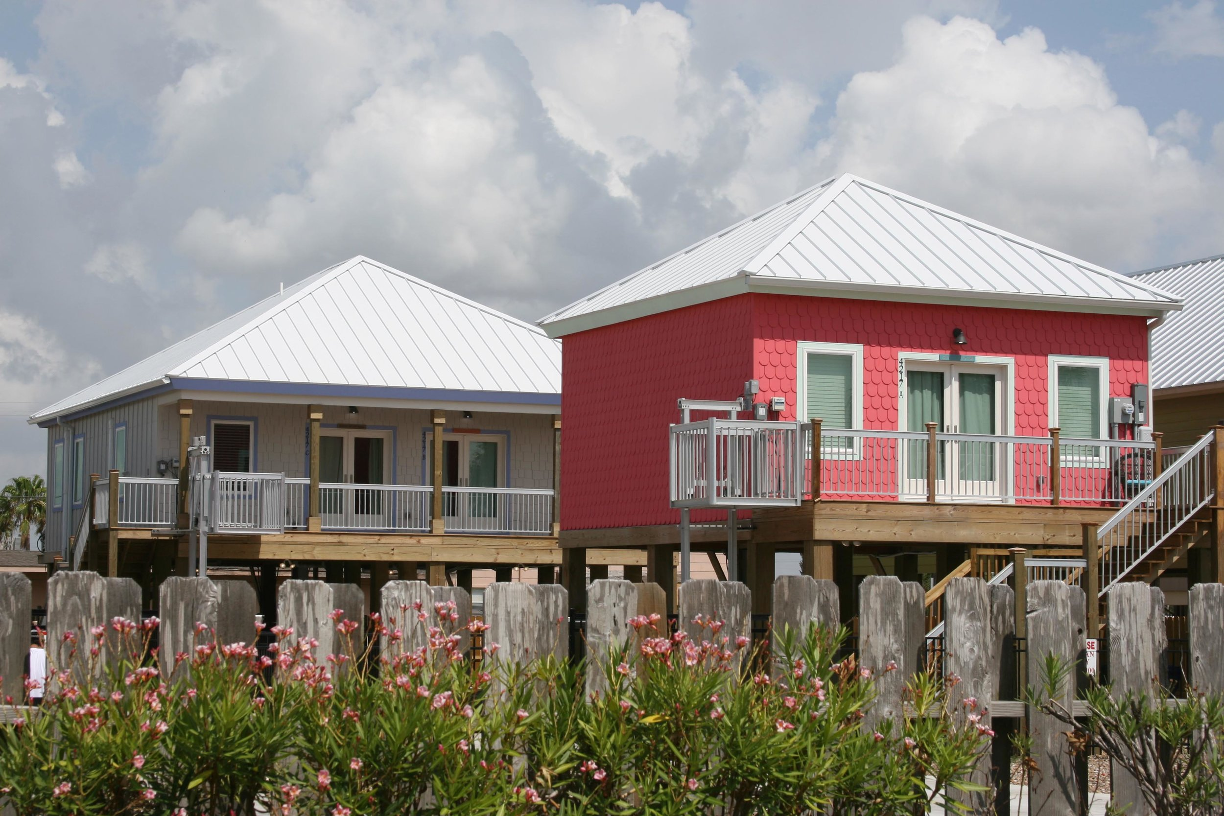 Cottages By The Bay offers both studio and duplex cottages for monthly rental. To book a cottage, please call Anne Foote at (361) 633-3110.