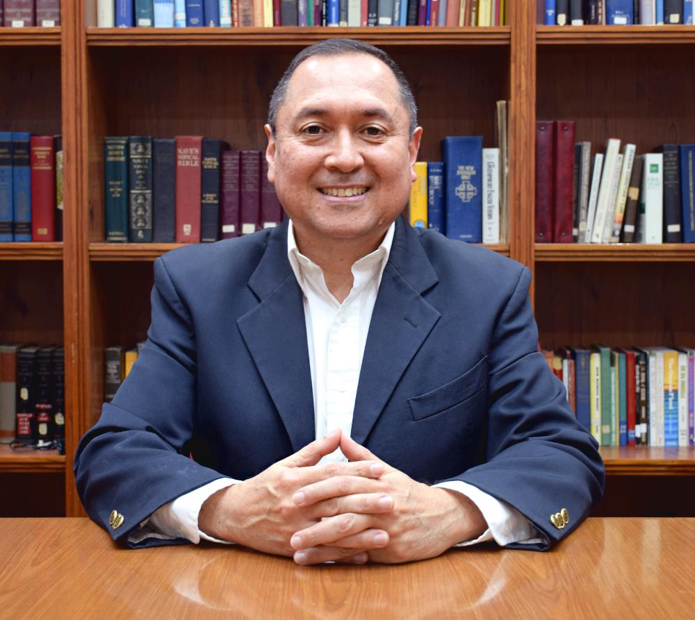 Fabio Quintero  Ministro de Cantos