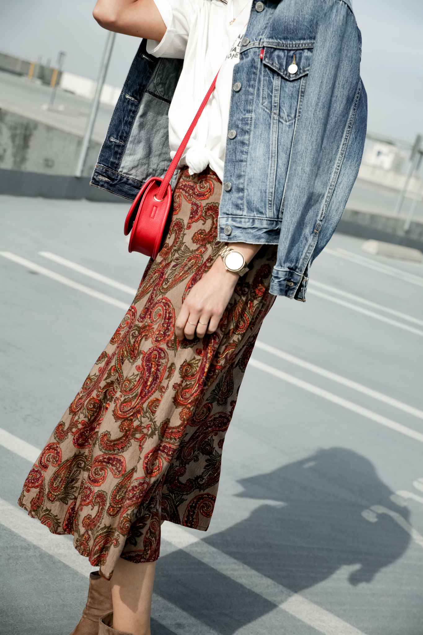 - 3. Forever 21 Floral midi skirt - knotted up, Rebels taupe ankle boots, red crossbody, staple jewels, Levis jean jacket