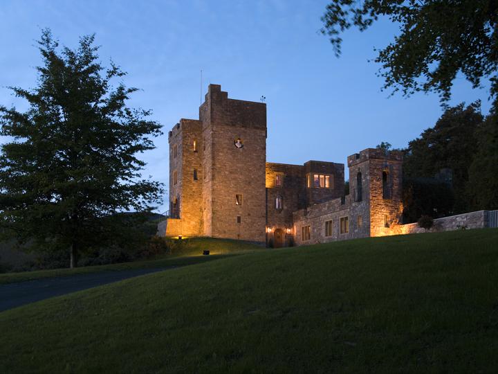 Castell Gyrn Exterior Dusk