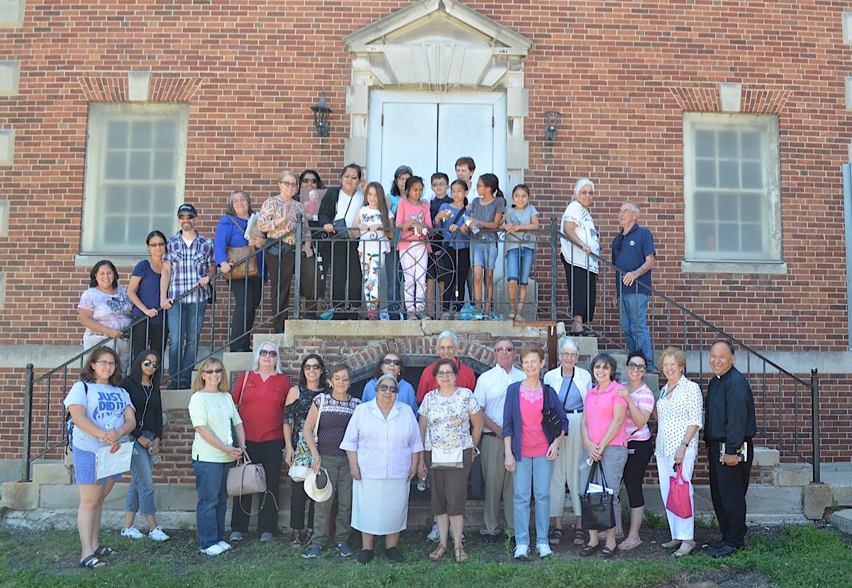 A group of St. Bart's Parishioners led by Fr. Phil Horrigan of Kingston, Ontario, concluded a 4 week book club series on Catholic church architecture with a tour of 4 north side churches. Click the links below to see some of their photos.