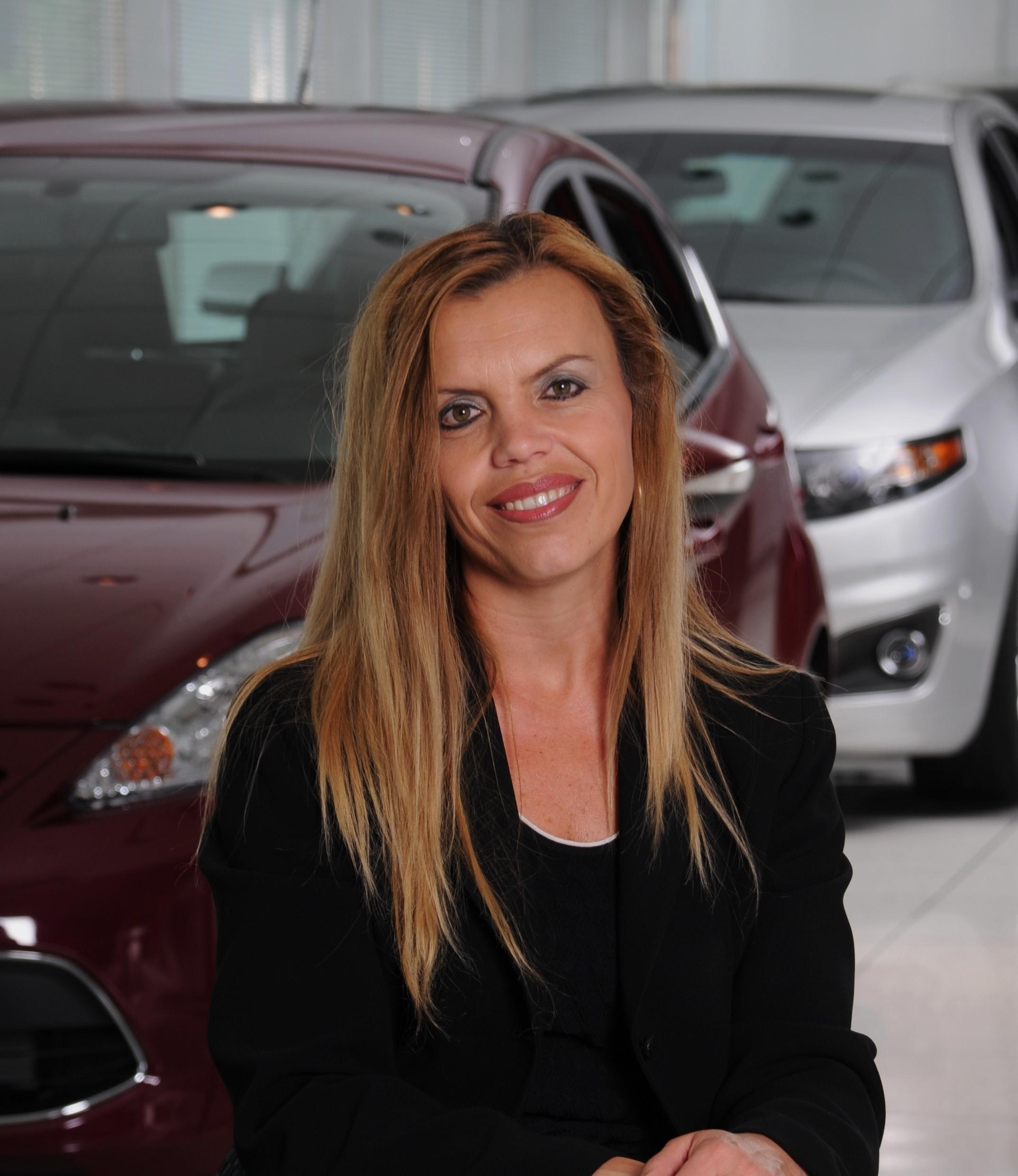 Desi Ujkashevic, Ford Motor Co.