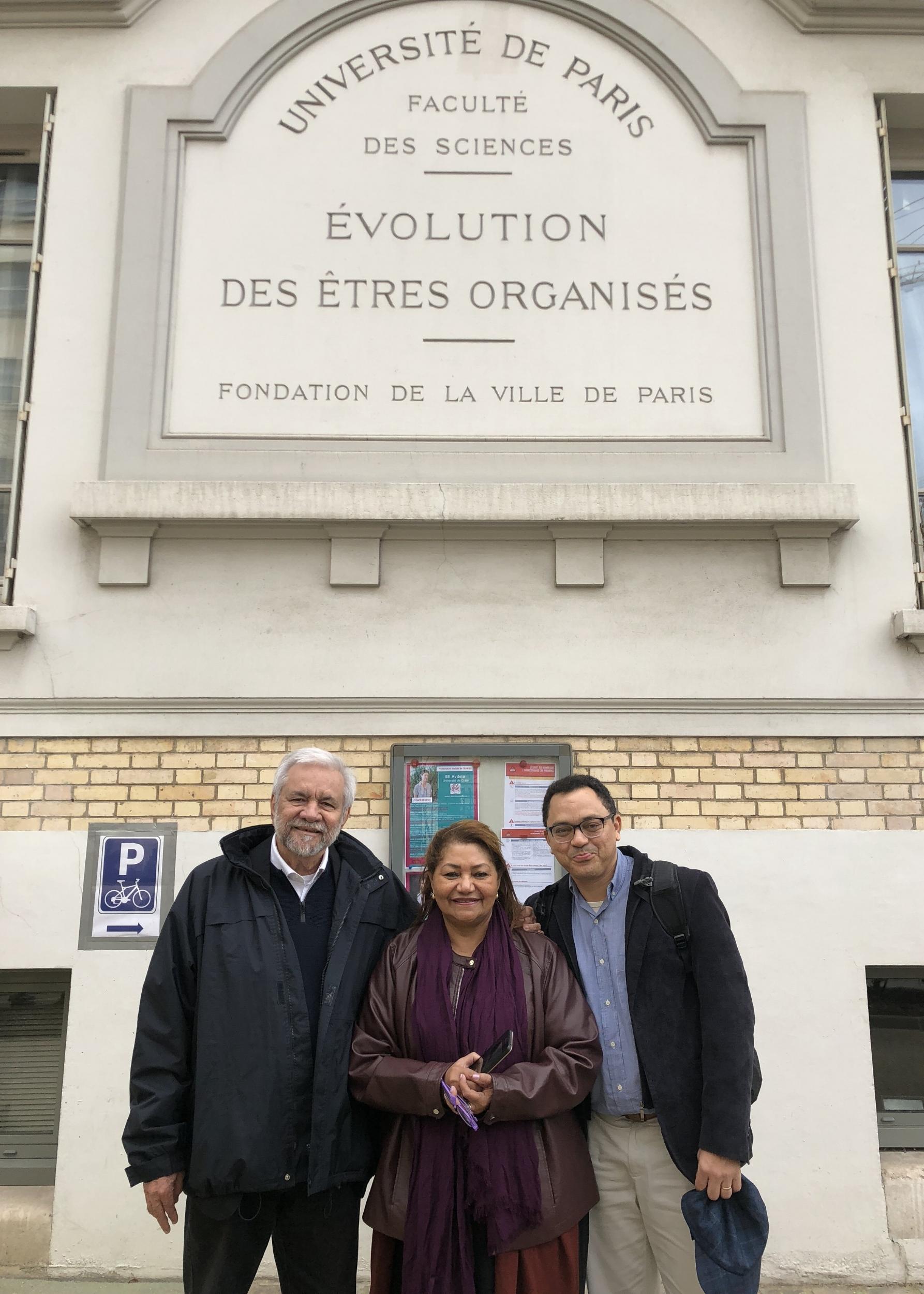 Marcus Barros,Marilene Corrêa and Marcos Colón in the event in Paris