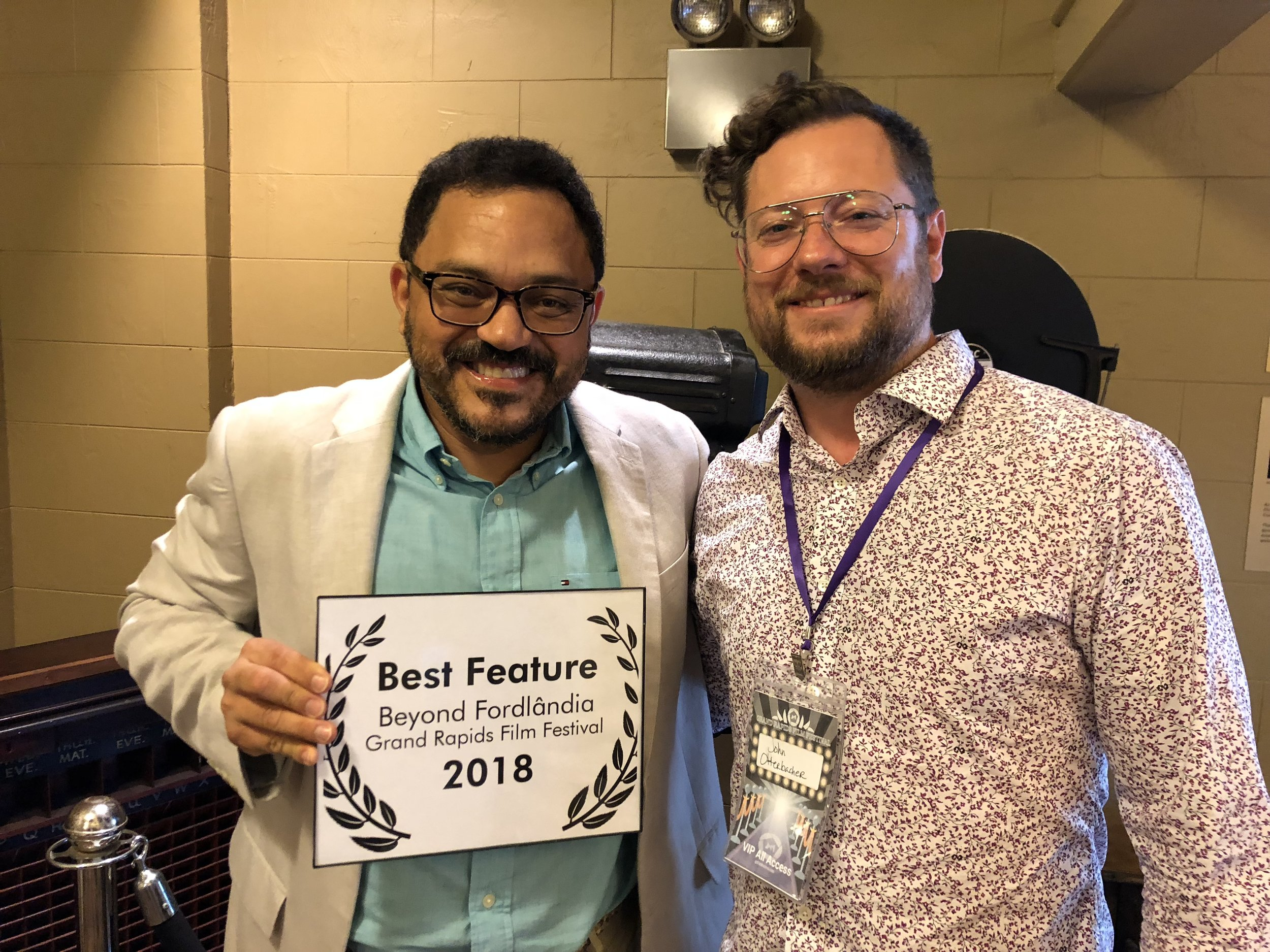 Marcos Colón (on the left, director of Beyond Fordlândia) and John Otterbacher director of the GRFF in the event.