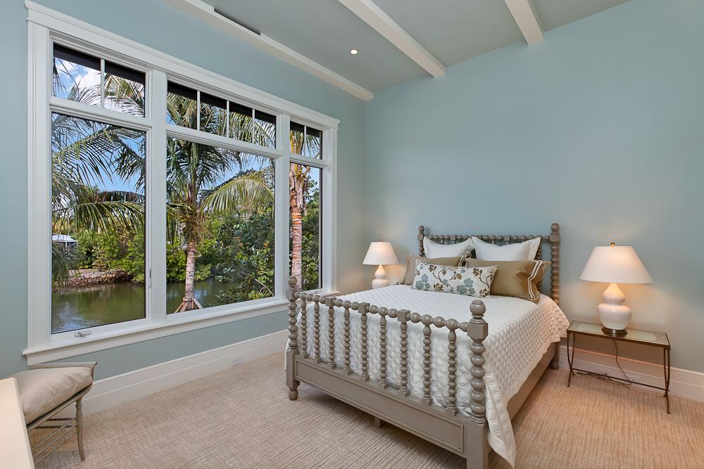 10 - Naples Boater's Dream - VIP Guest Bedroom.jpg