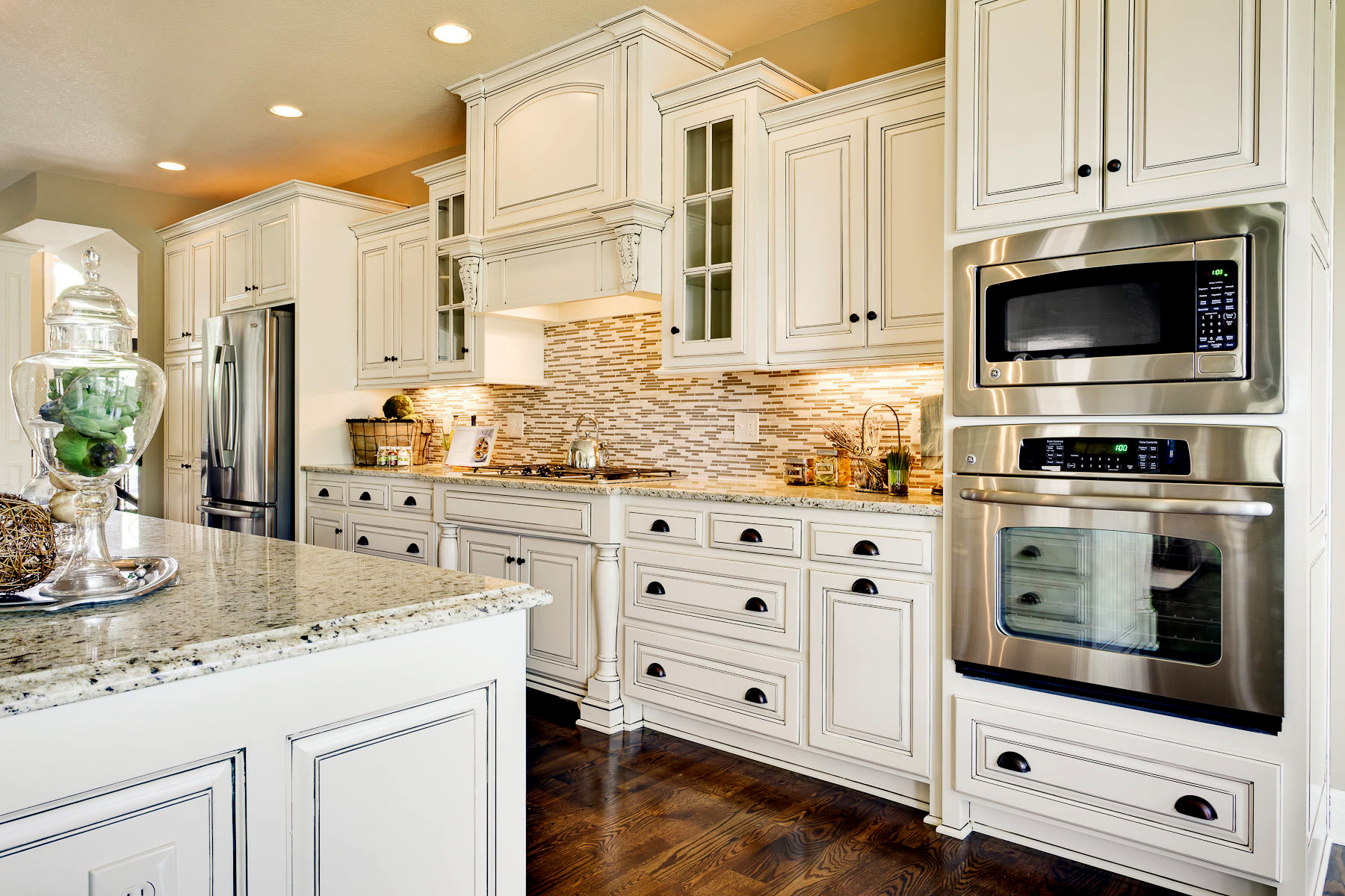 kraftmaid-kitchen-cabinets-review-simple-kraftmaid-kitchen.jpg