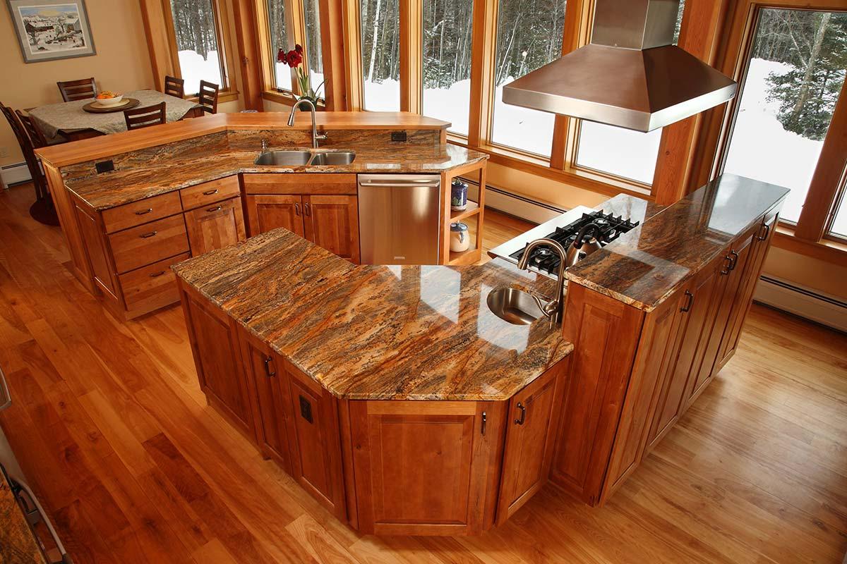 Rustic-Style-Kraftmaid-Kitchen-Cabinets.jpg