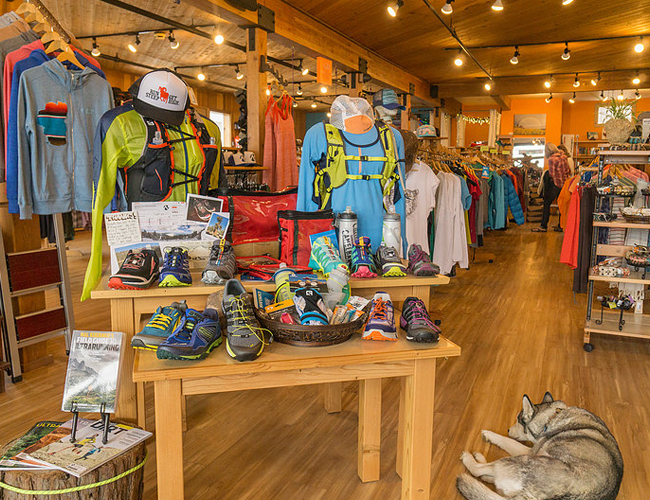 Sunny Sports Shop  454 9th Avenue