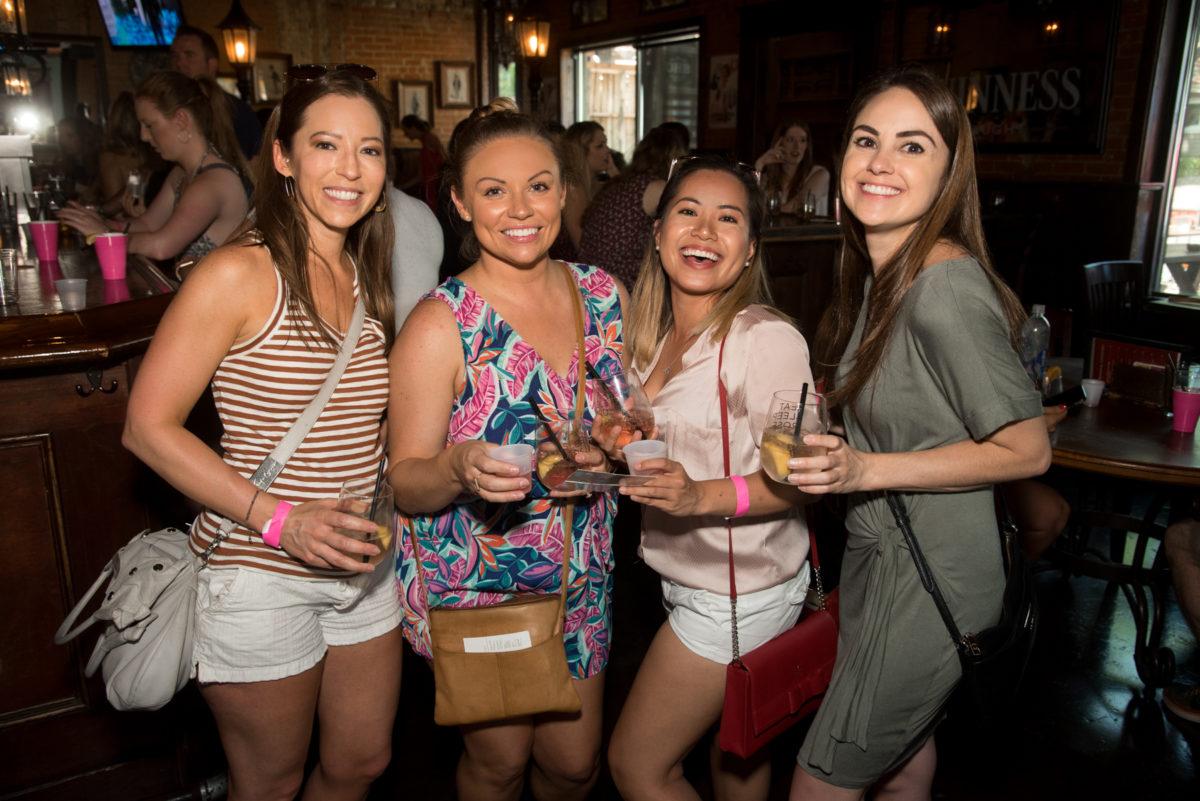D-Magazine-Nightlife-2nd-Annual-Rosé-Wine-Walk-on-Henderson-Ave-060918-Bret-Redman-023-1200x801.jpg