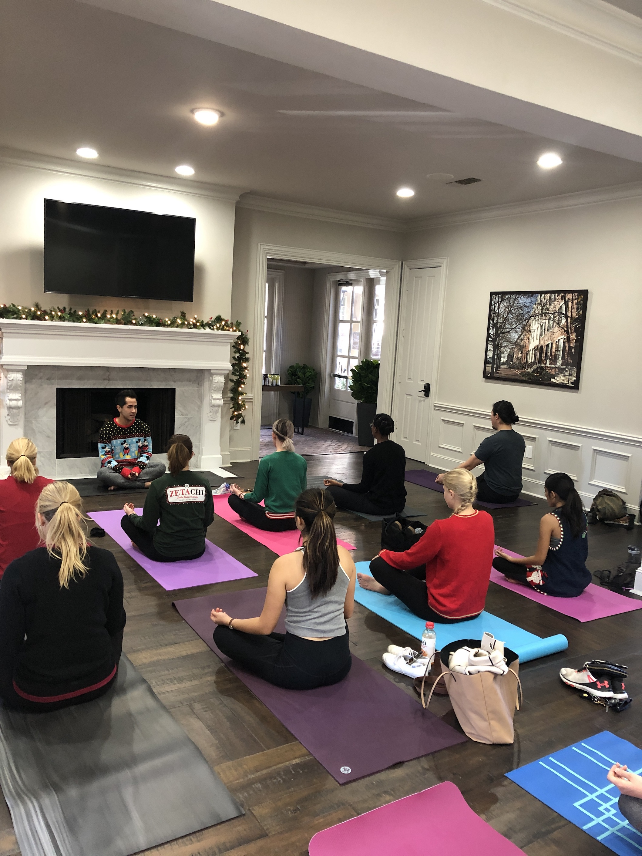 Ugly Sweater Yoga At The Caruth Apartments Dallasites101
