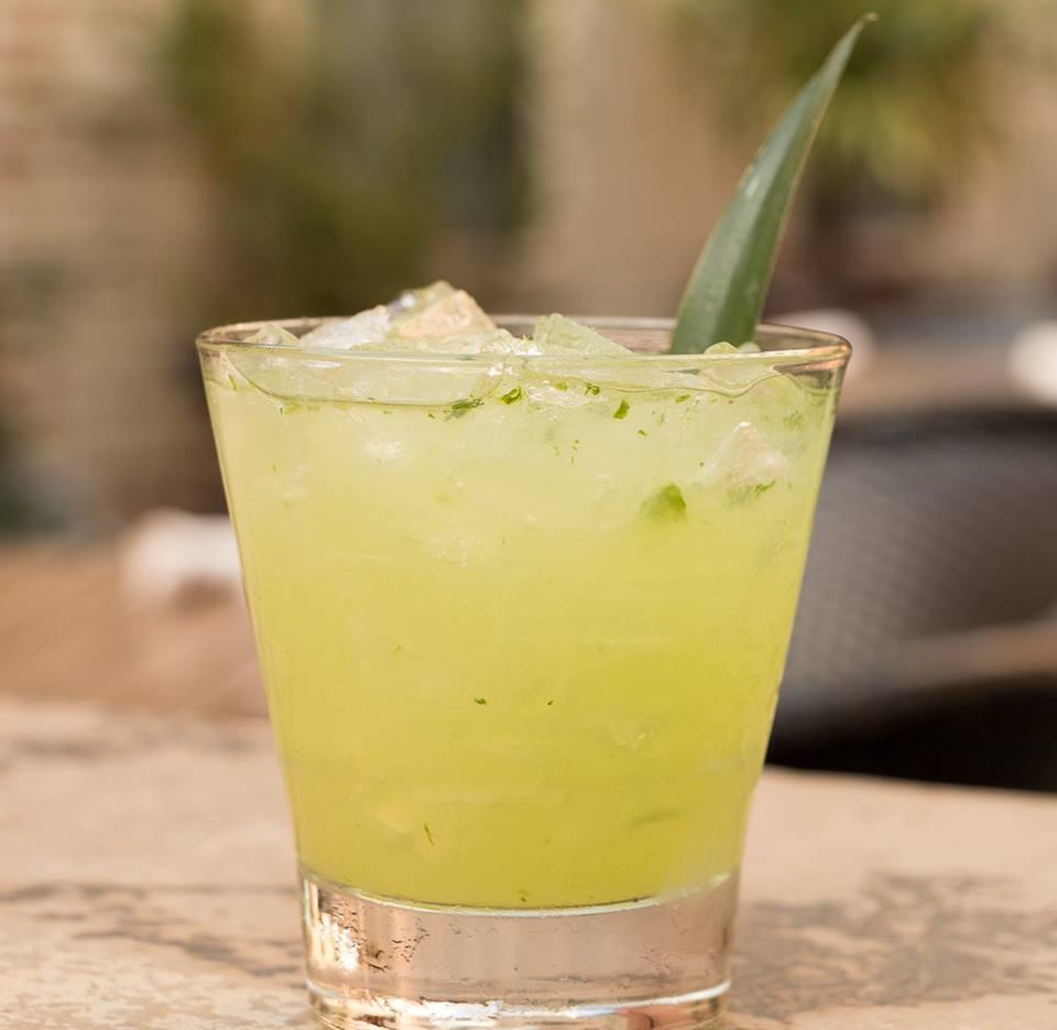 Meso Maya's Azul Y Verde cocktail made with Wahaka espadín mezcal courtesy of @mesomayadallas