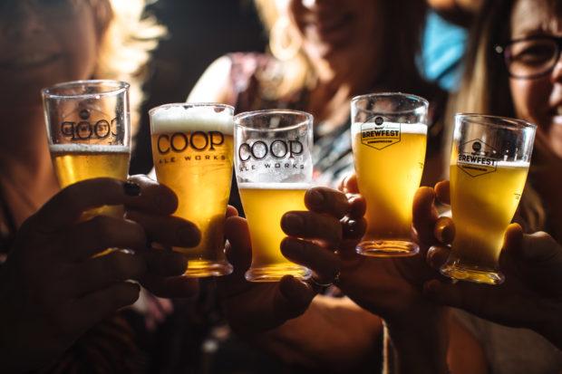 Dallas-Observer-BrewFest-beer-cheers-2-620x413.jpg
