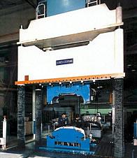 macrodyne-spotting-press