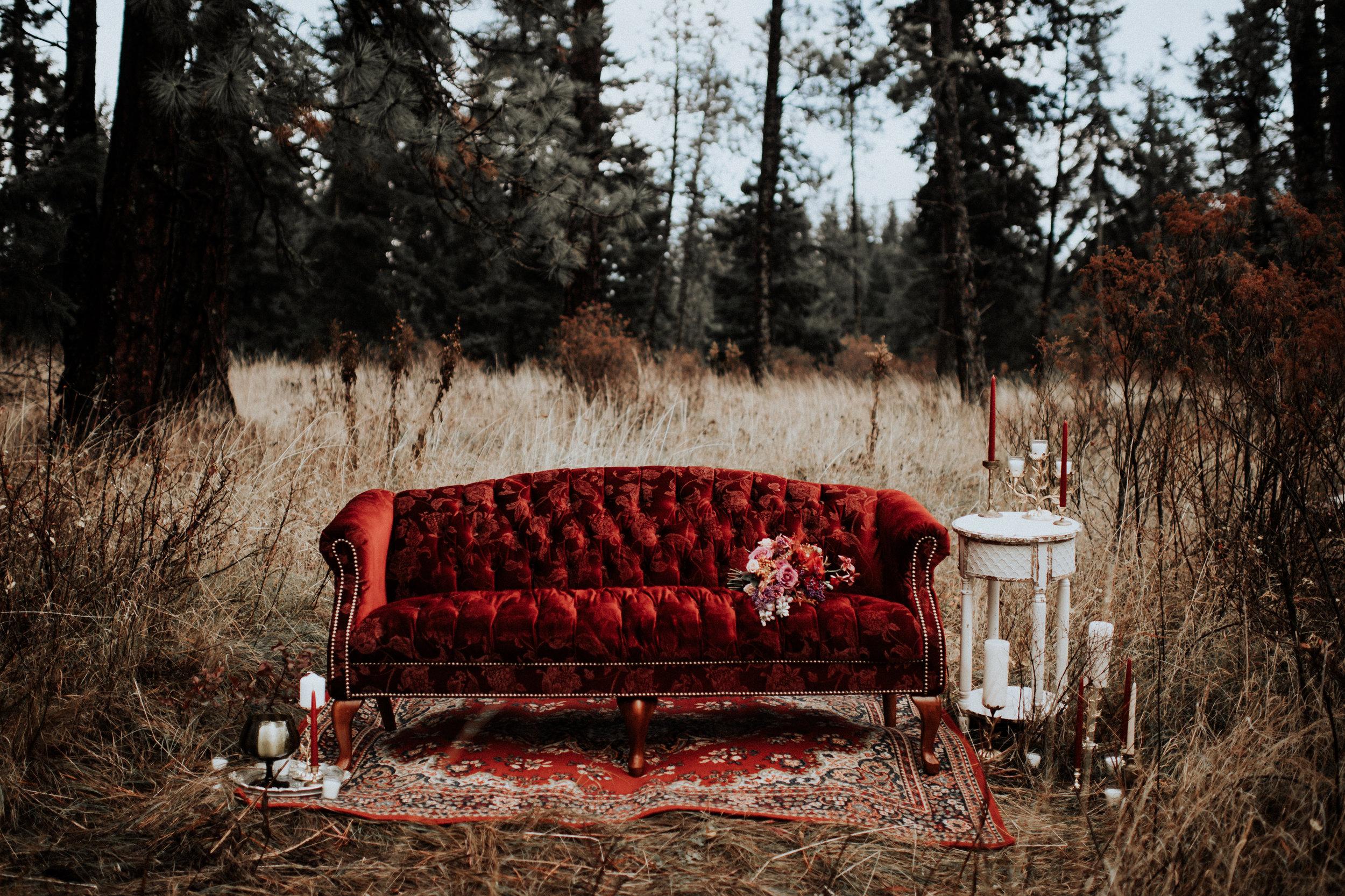 Scarlett Couch