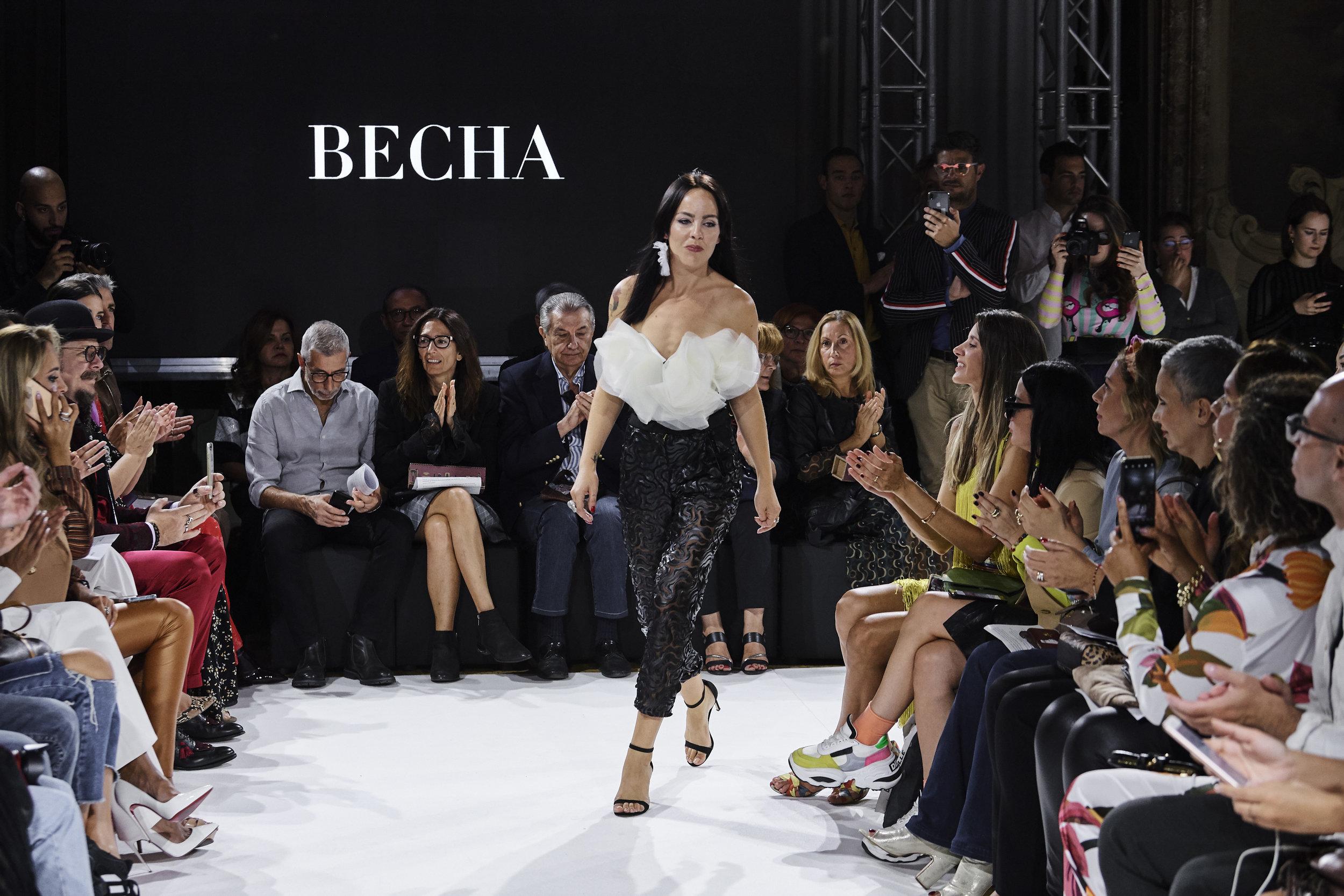 fashion designer  RS20 0853b.jpg