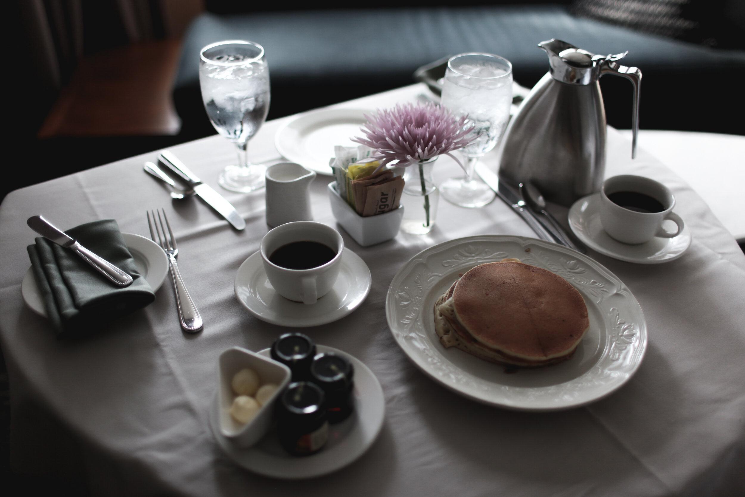 Room service, Fairmont Millennium Park