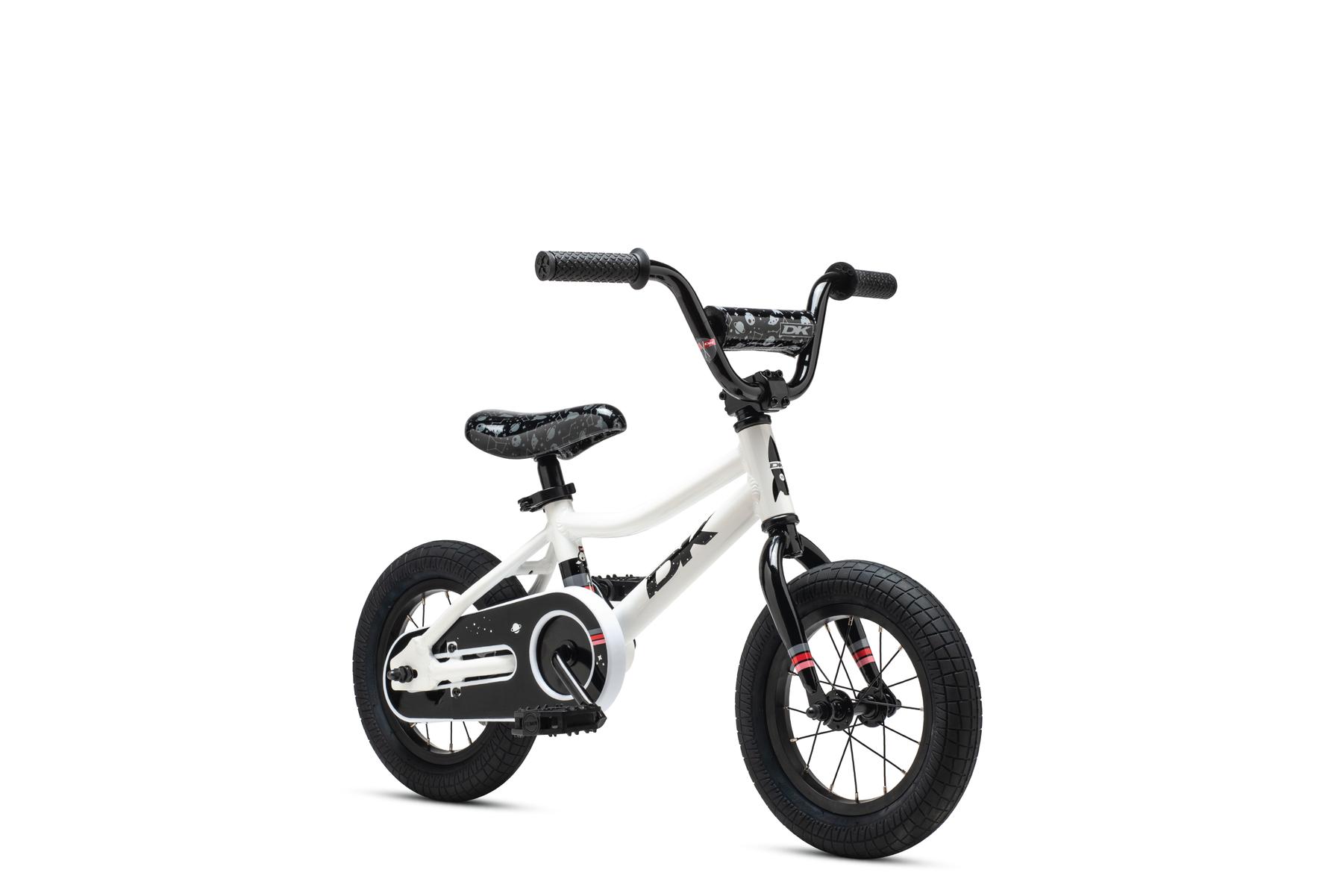 Devo-12-white-3qtr-B2C_1800x1800.png