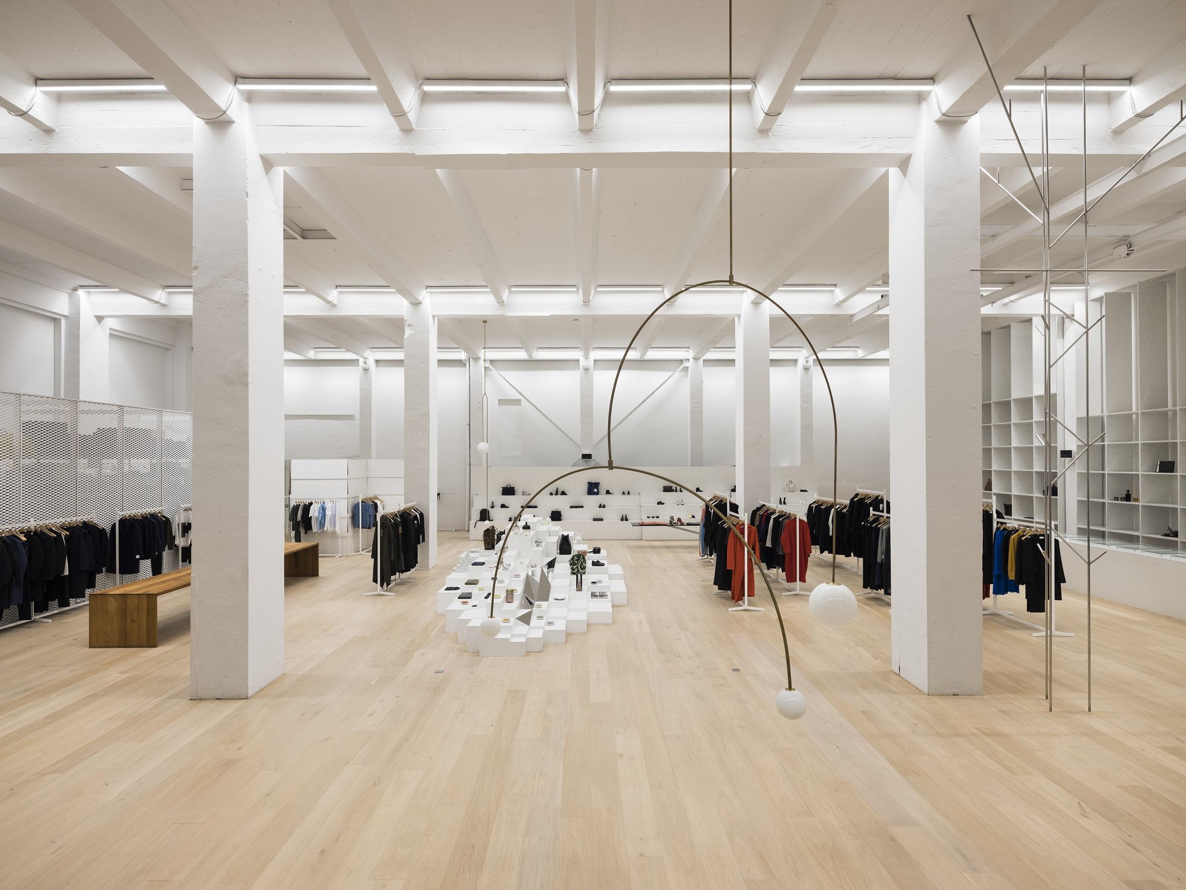Andreas Murkudis store, copyright Thomas Meyer - Ostkreuz.jpg