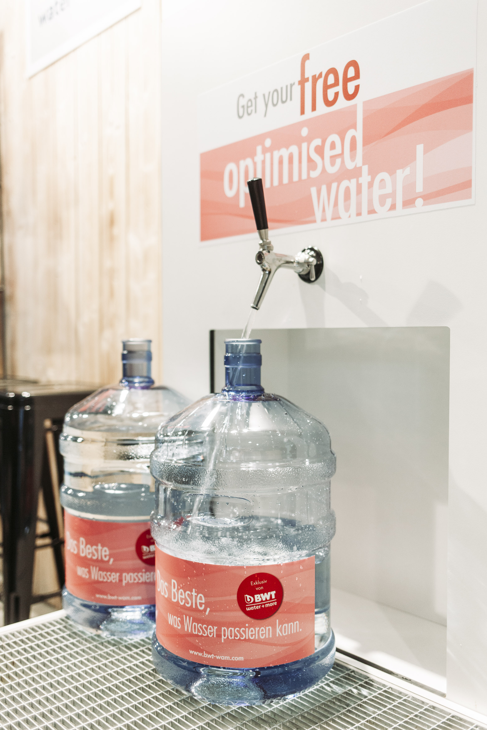 One of the many BWT water+more refill stations in use at last year's World of Coffee in Amsterdam. - Photo: sinan Muslu.