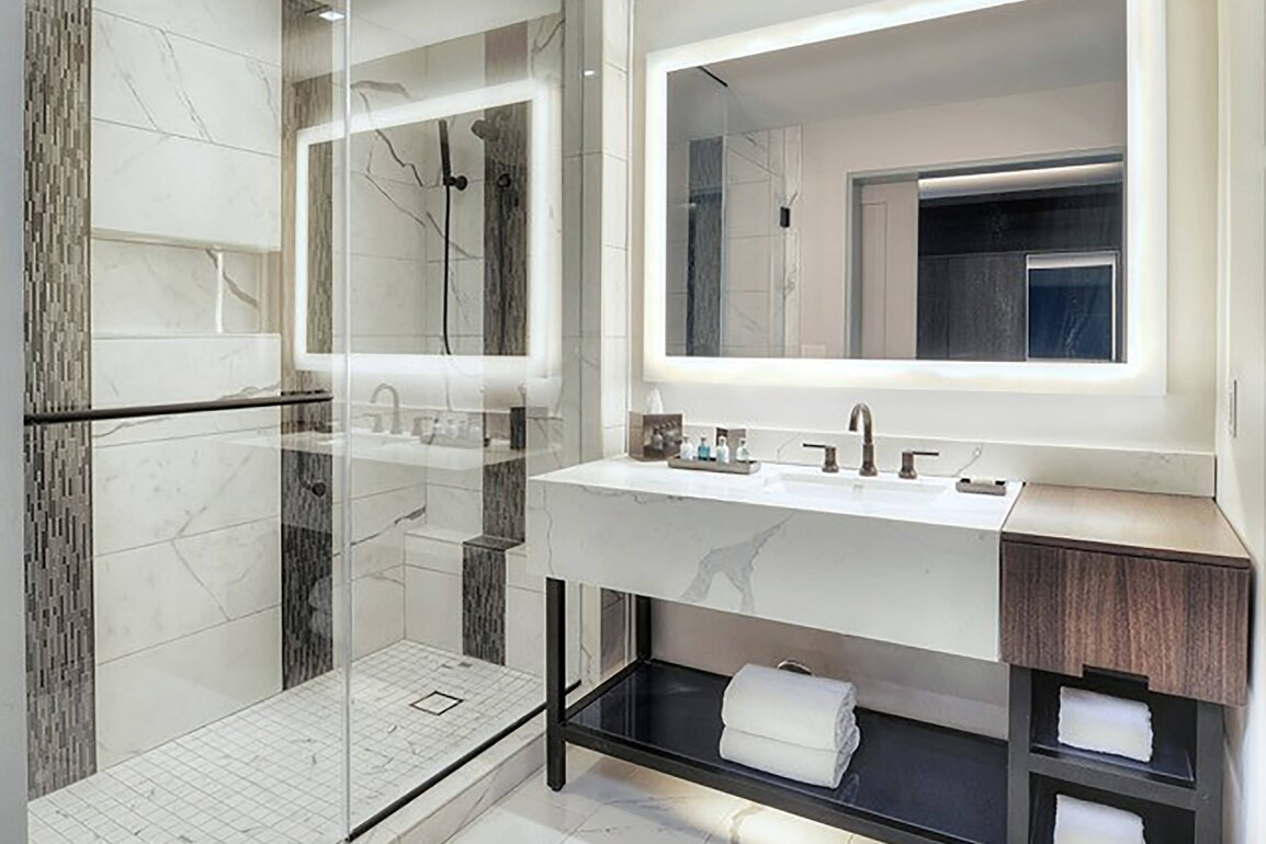 Luxury Bathroom . Picture from Hotels Site