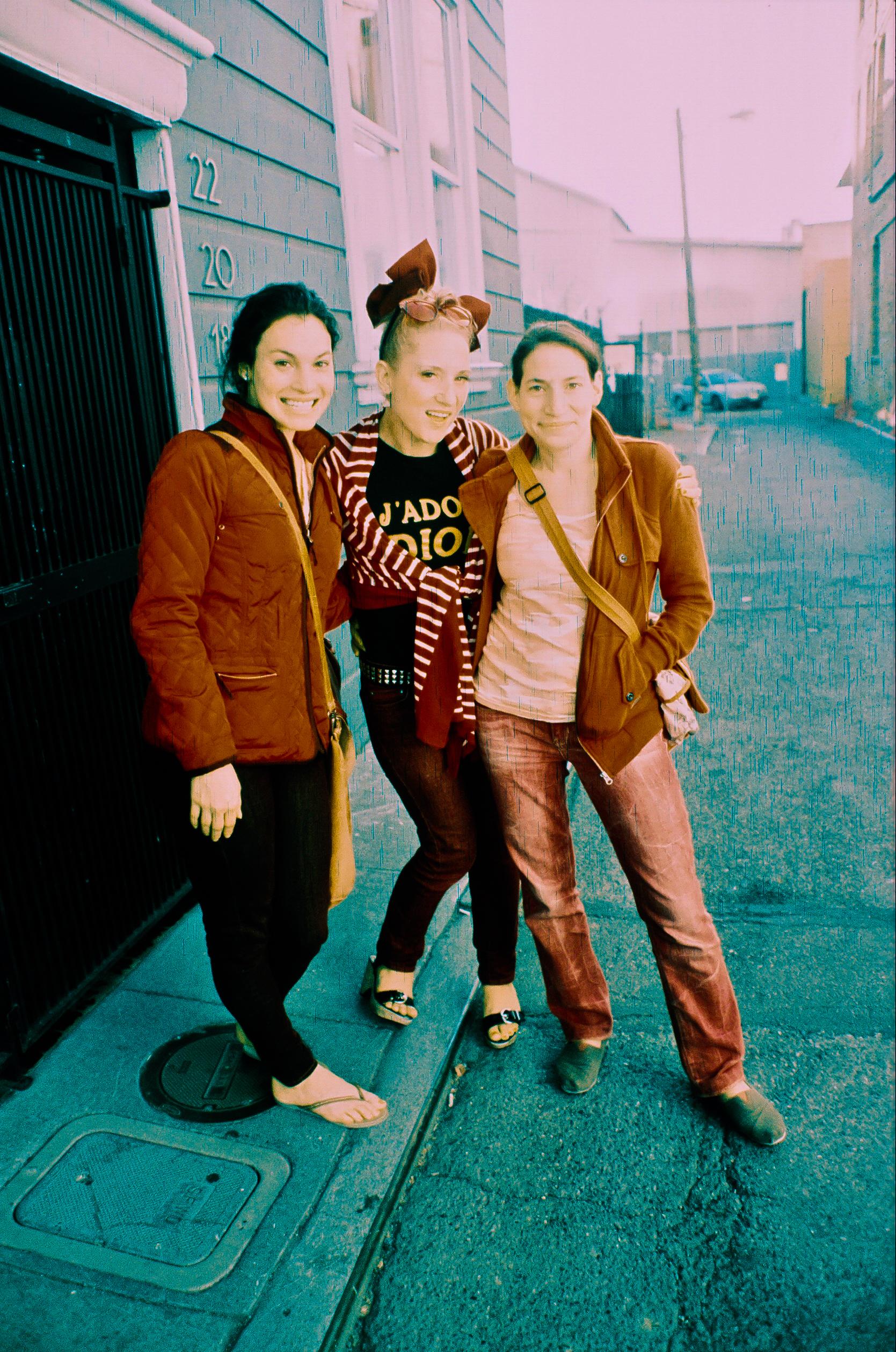 Monika, Juicy & Skippy