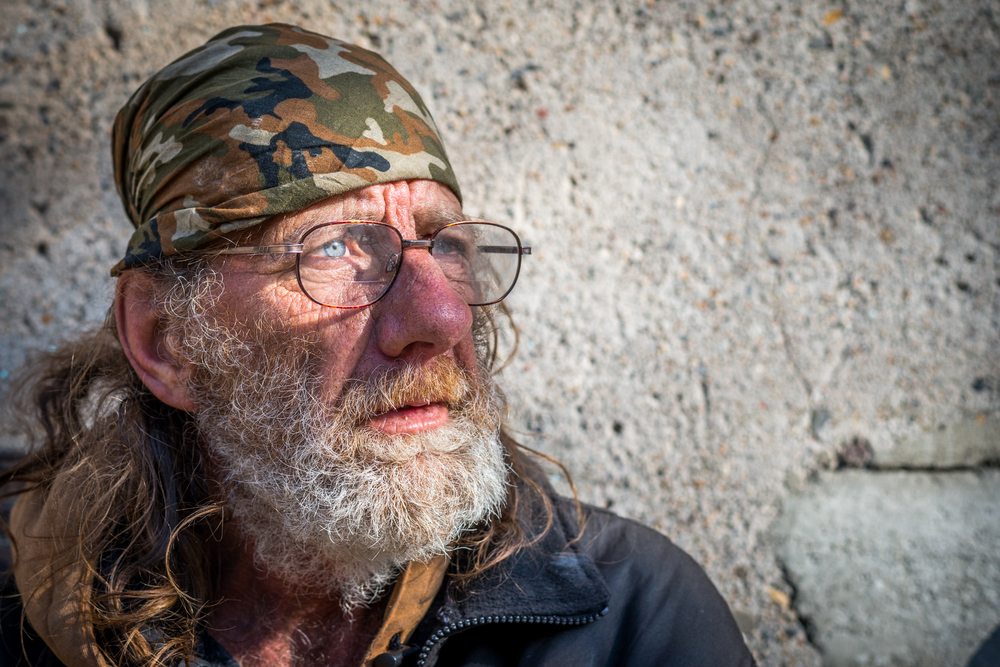Hope for the homeless - wes fisher photography - portrait project - glasses.jpg