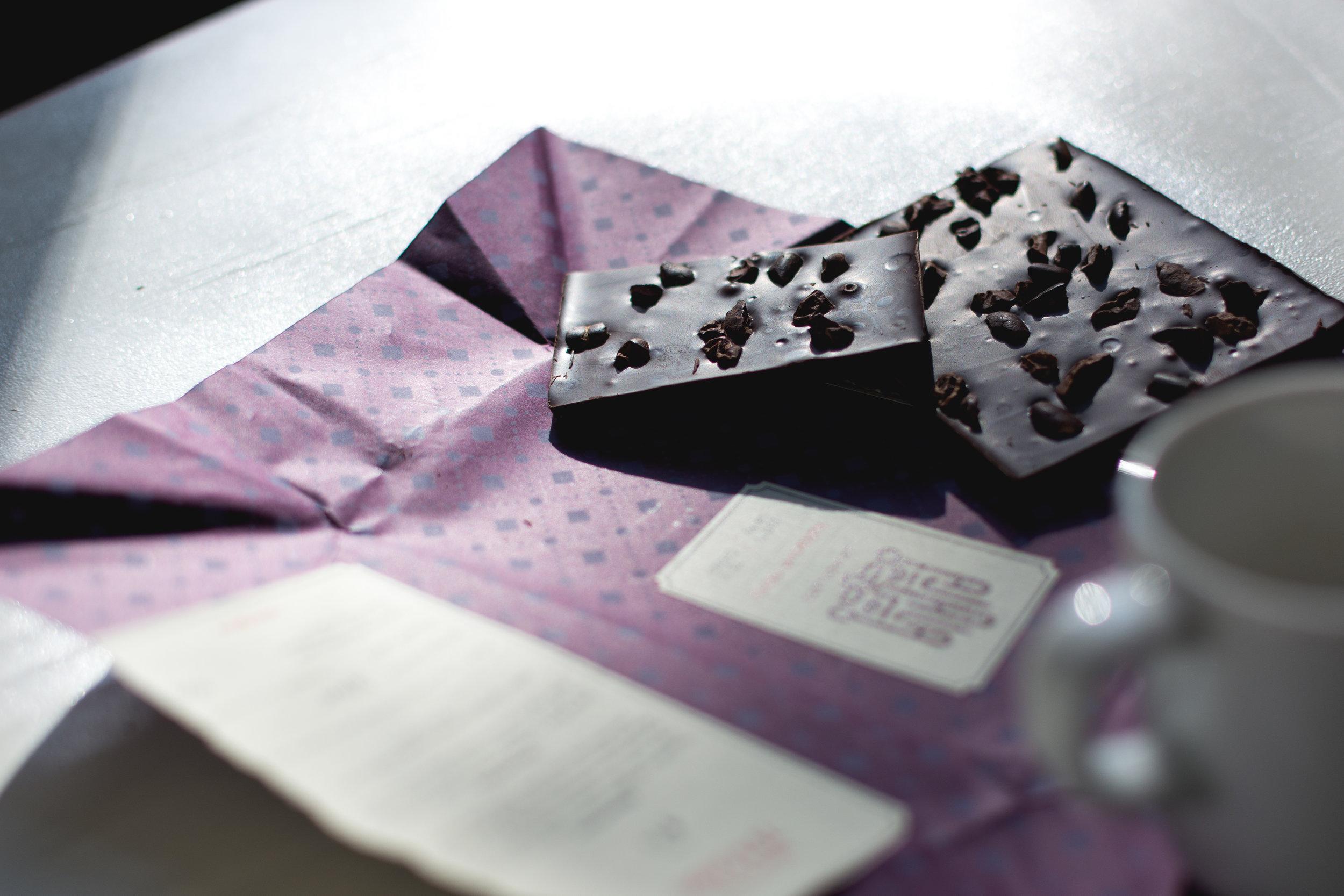 foodiesfeed.com_dark-chocolate-ajala.jpg