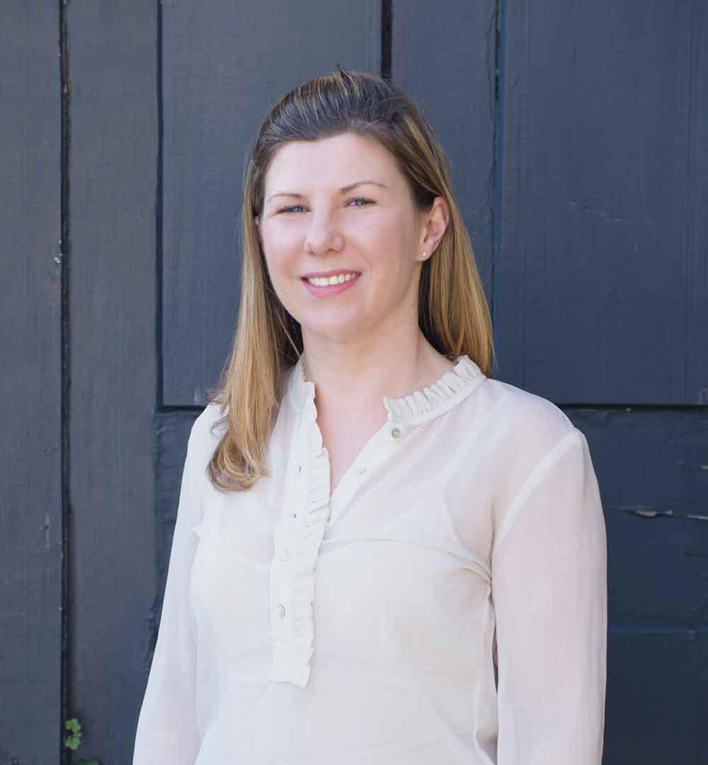 Emma Harris    Senior Graphic Designer
