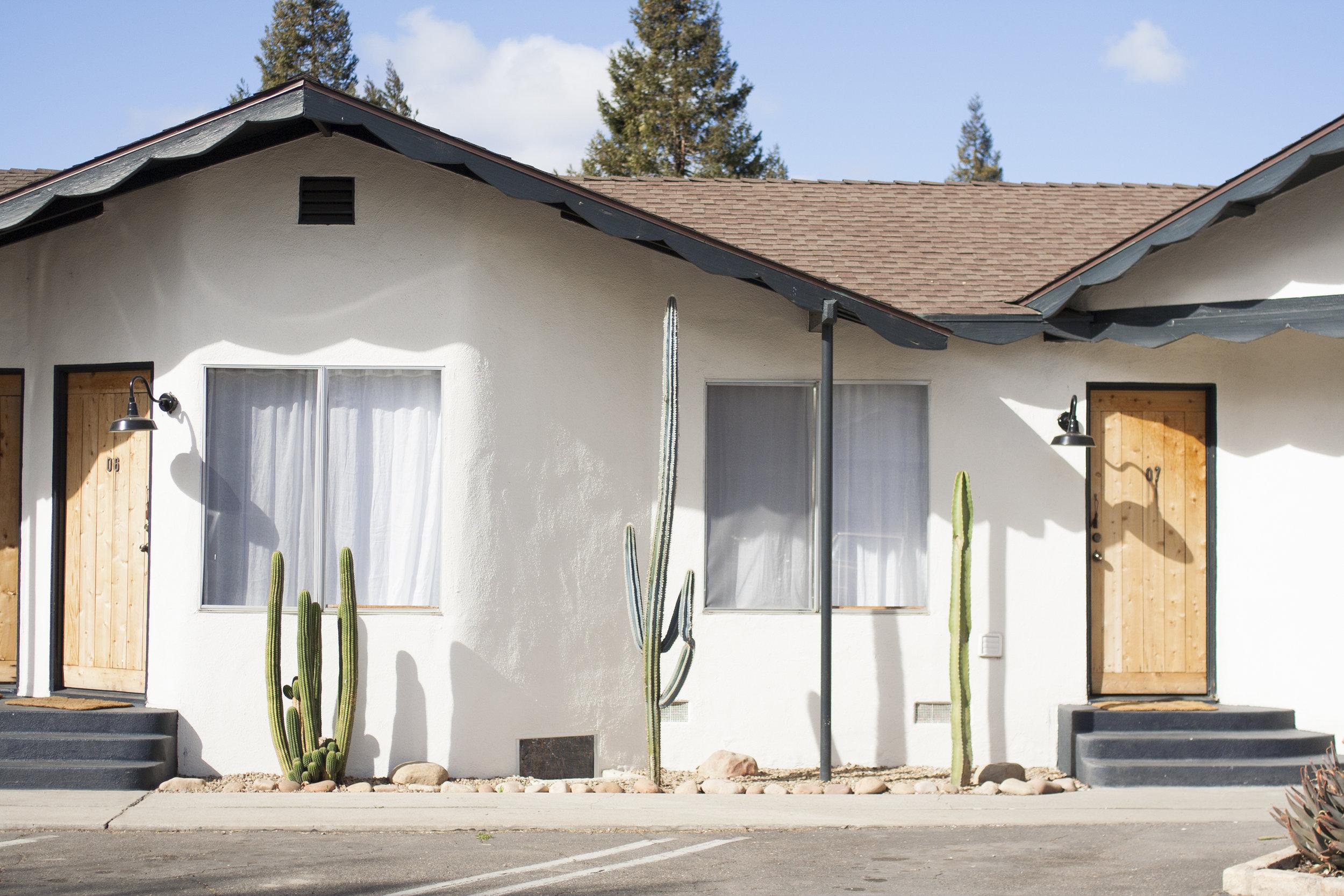 the-alamo-motel.jpg